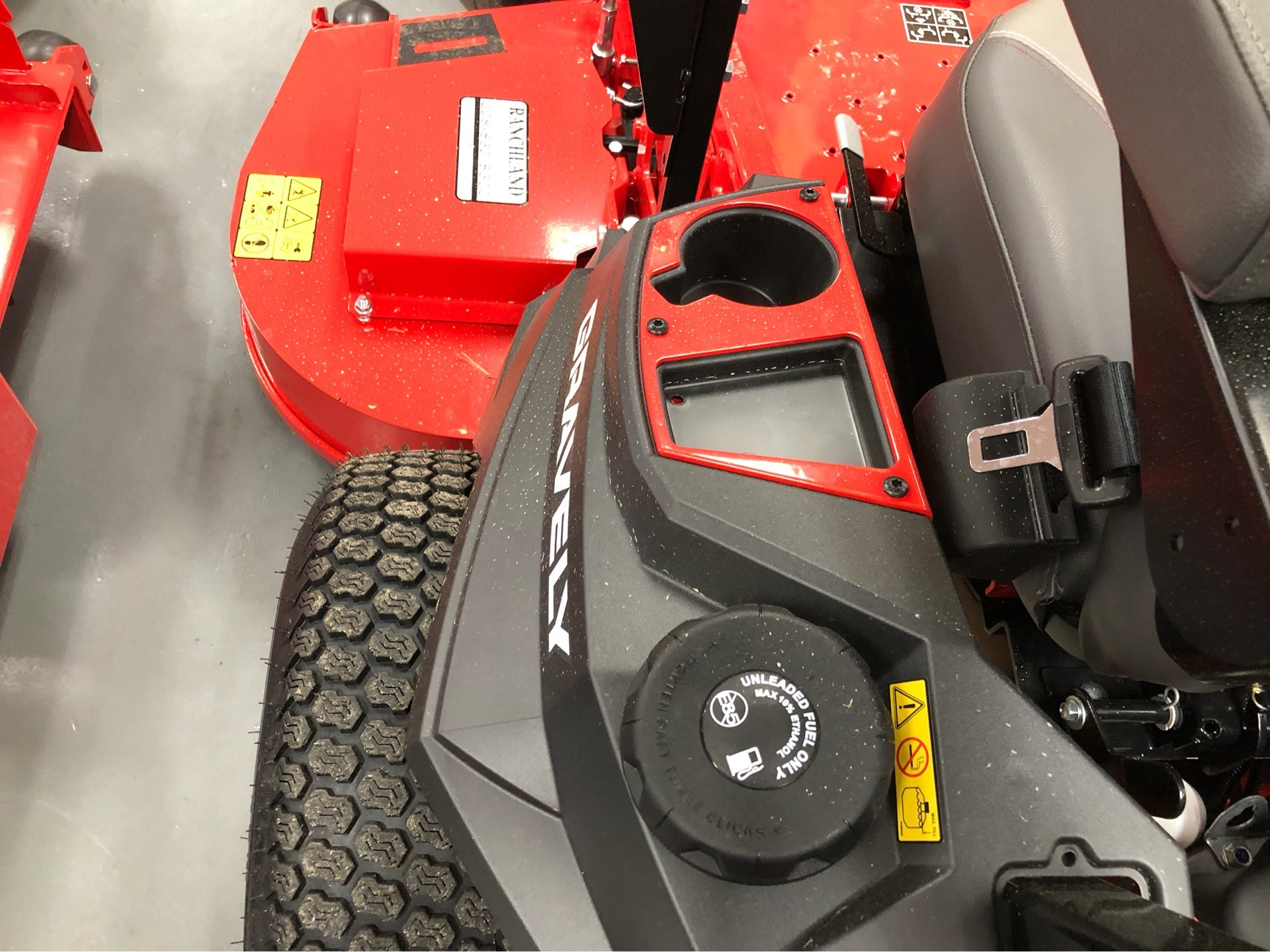 2019 Gravely USA Pro-Turn ZX 60 in Saucier, Mississippi - Photo 9