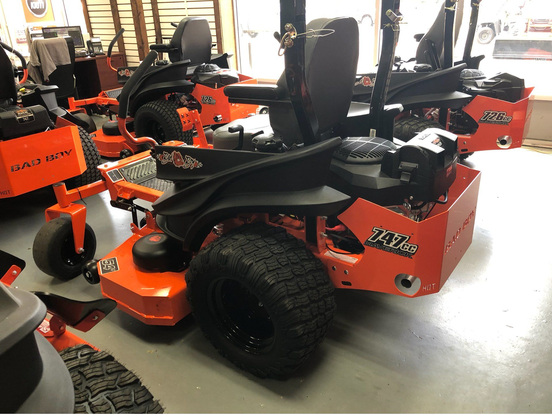 "2019 Bad Boy Mowers Maverick 54"" with Kohler Confidant 747cc in Saucier, Mississippi - Photo 13"
