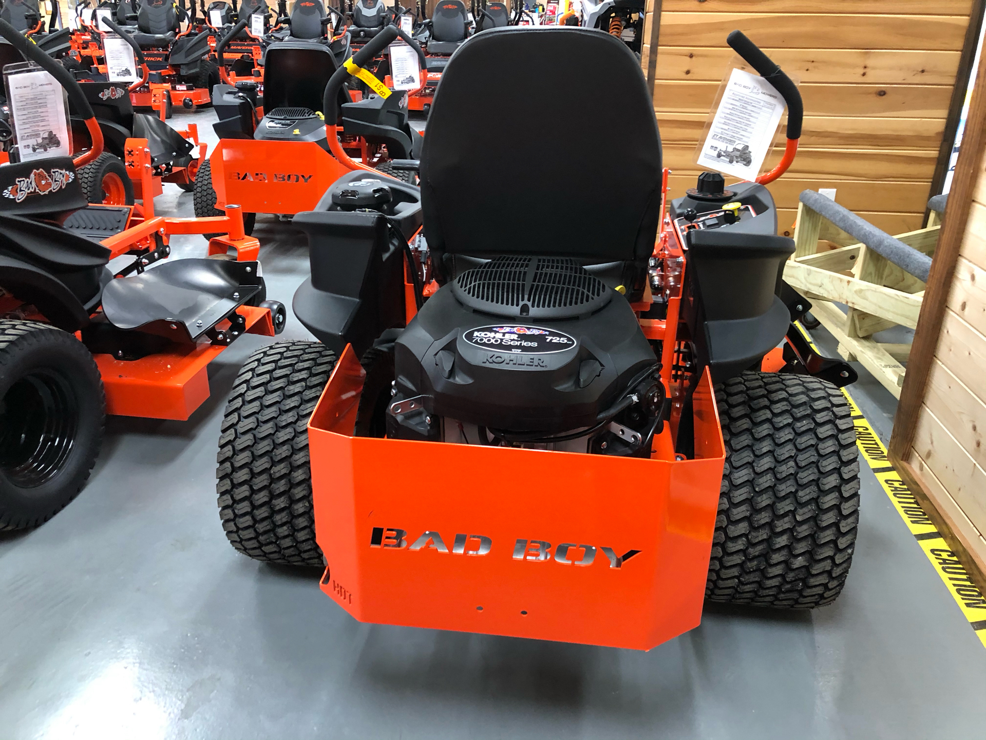 "2021 Bad Boy Mowers ZT Avenger 54"" w/ Kohler in Saucier, Mississippi - Photo 7"