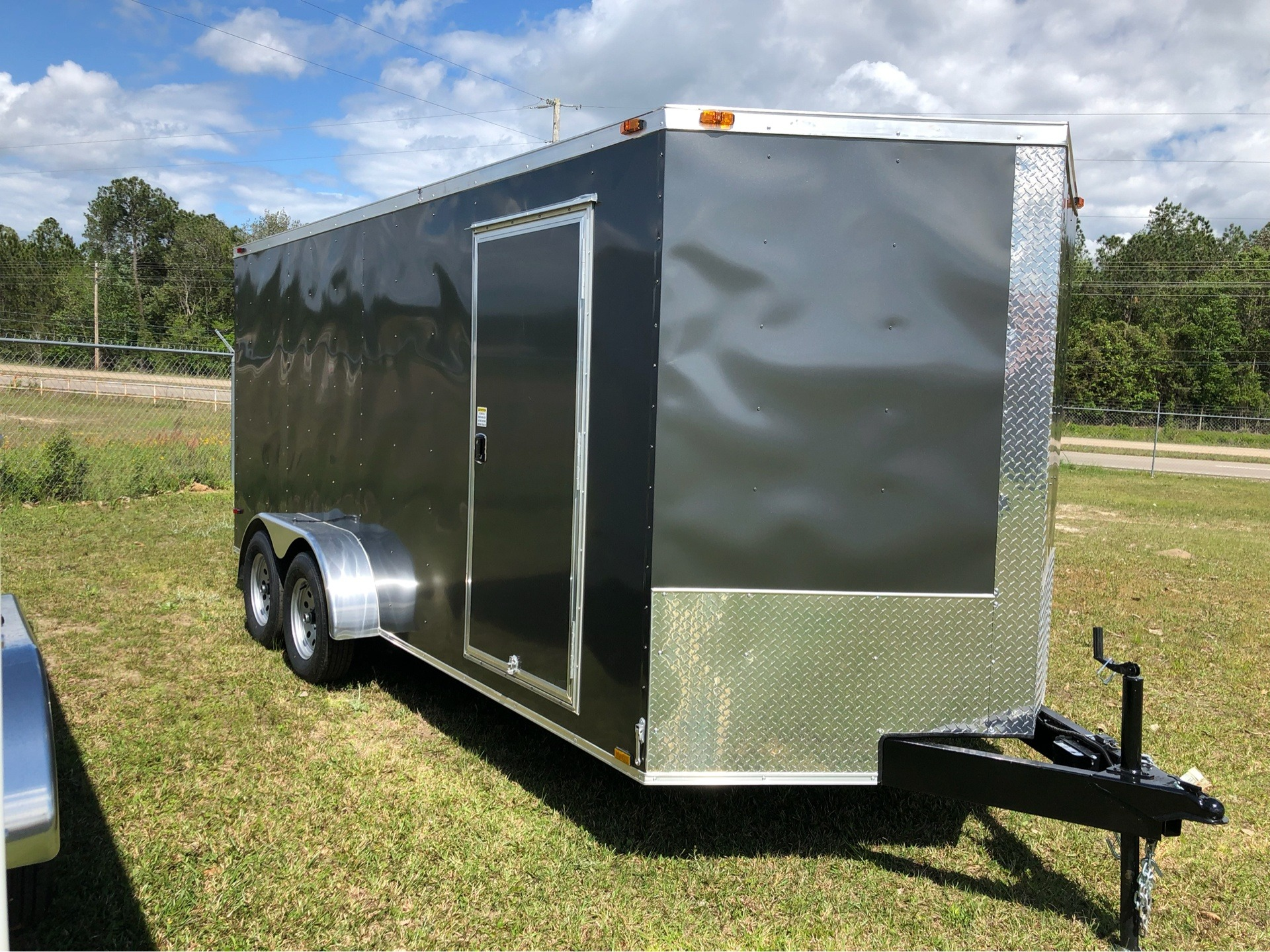2019 Triple R Trailers 7x16 V-Nose, Ramp Door, Side Door in Saucier, Mississippi - Photo 4