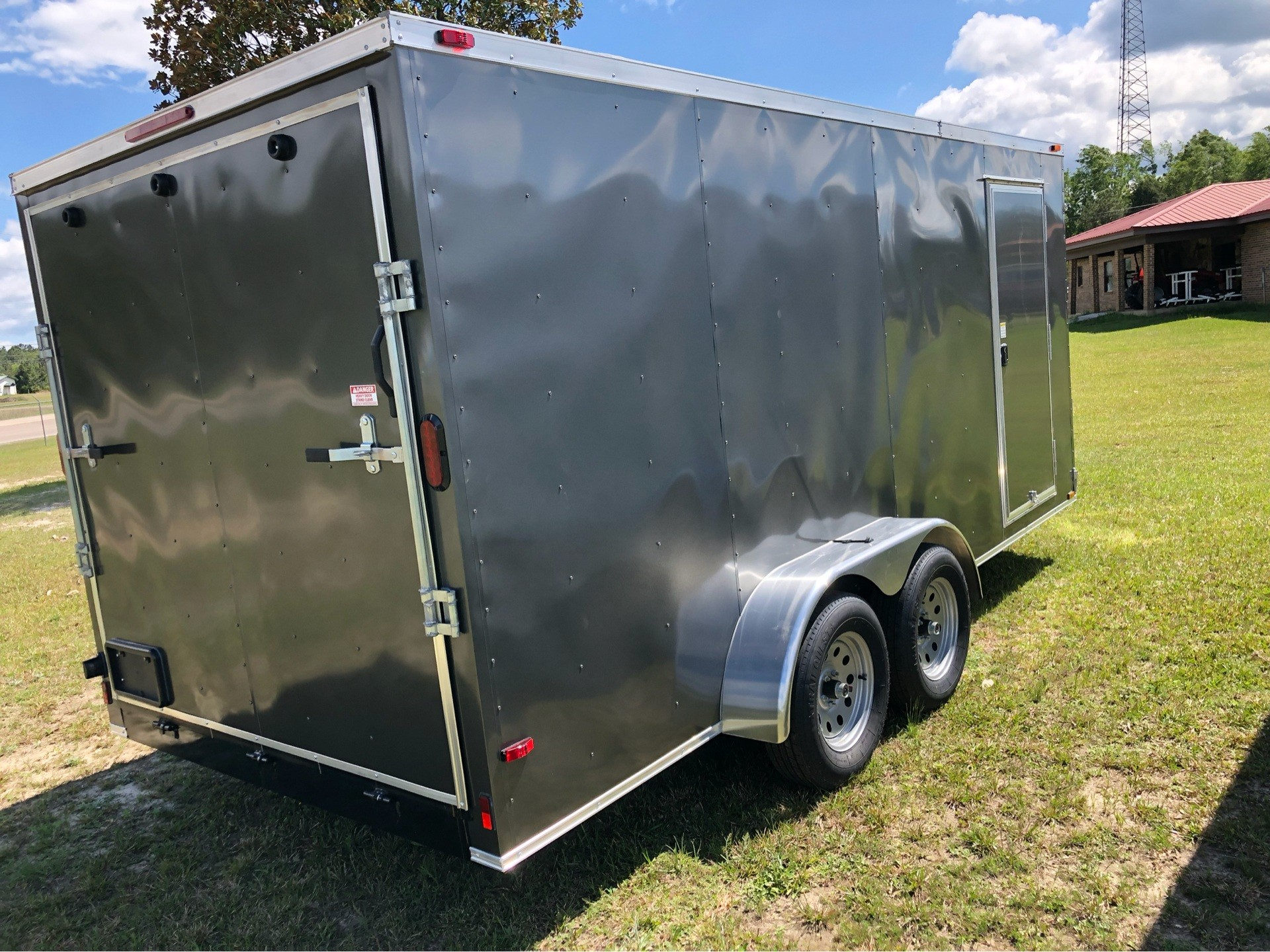 2019 Triple R Trailers 7x16 V-Nose, Ramp Door, Side Door in Saucier, Mississippi - Photo 6