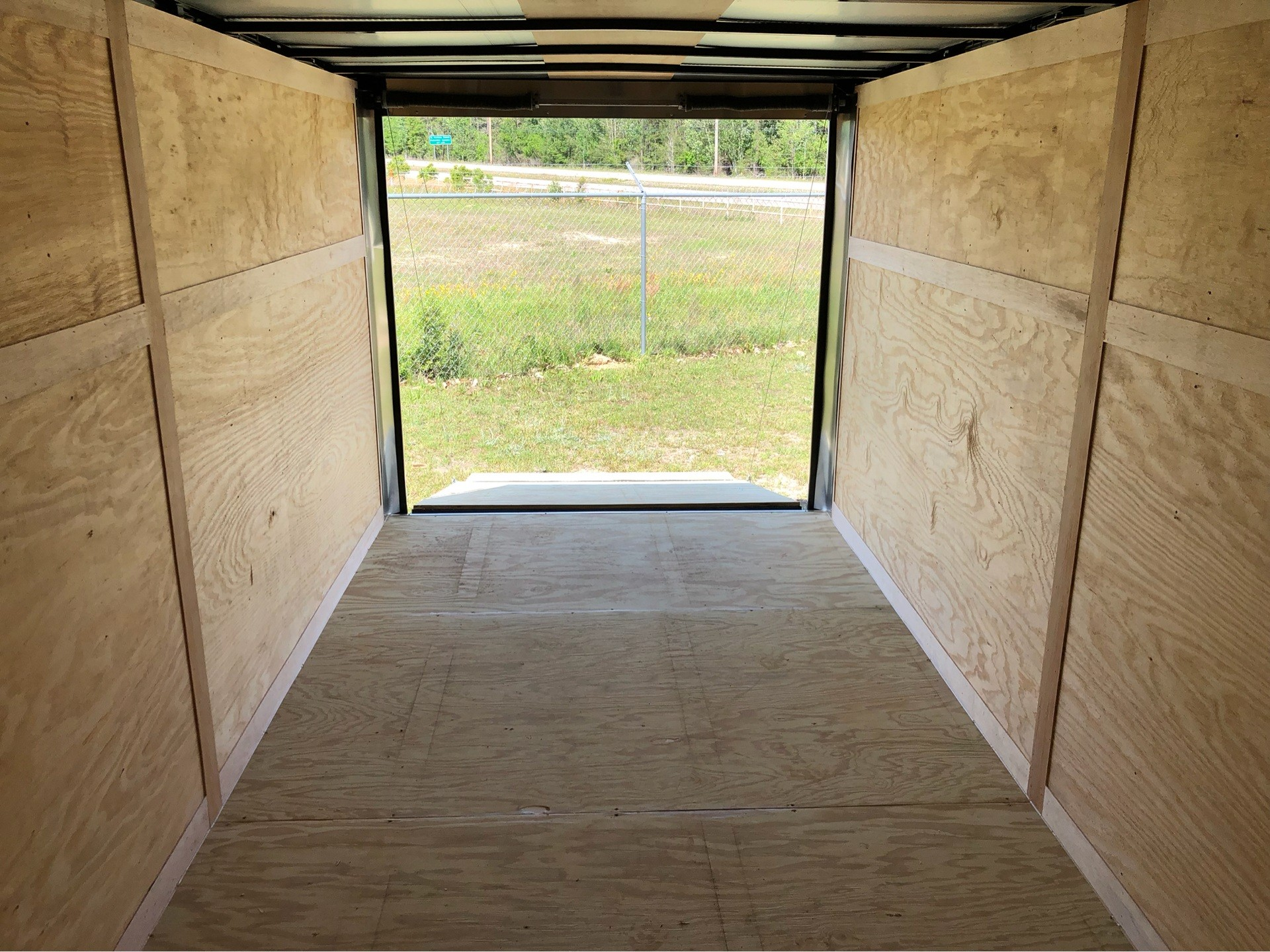 2019 Triple R Trailers 7x16 V-Nose, Ramp Door, Side Door in Saucier, Mississippi - Photo 10