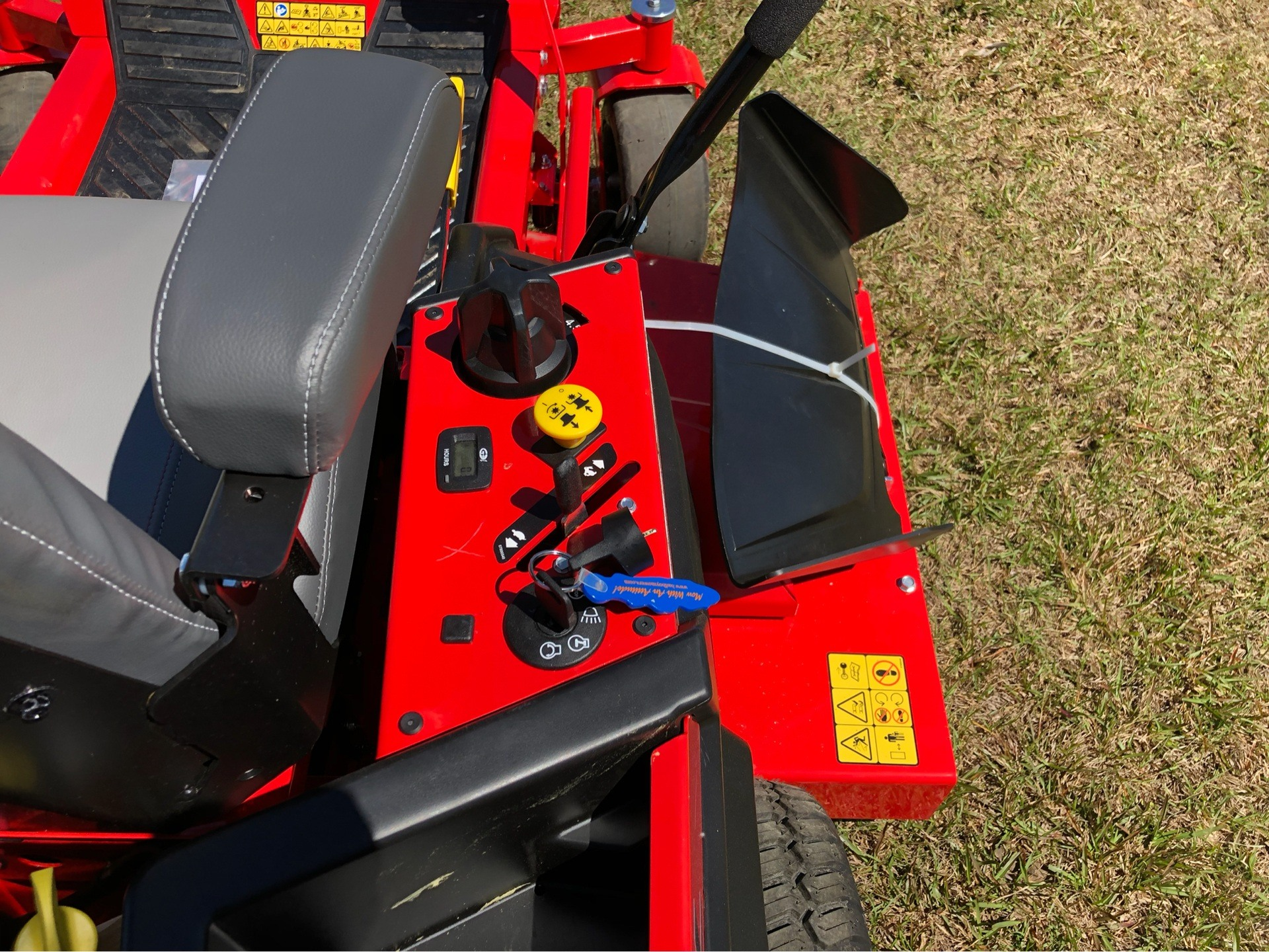 2019 Gravely USA ZT XL 60 (Kohler) in Saucier, Mississippi - Photo 9