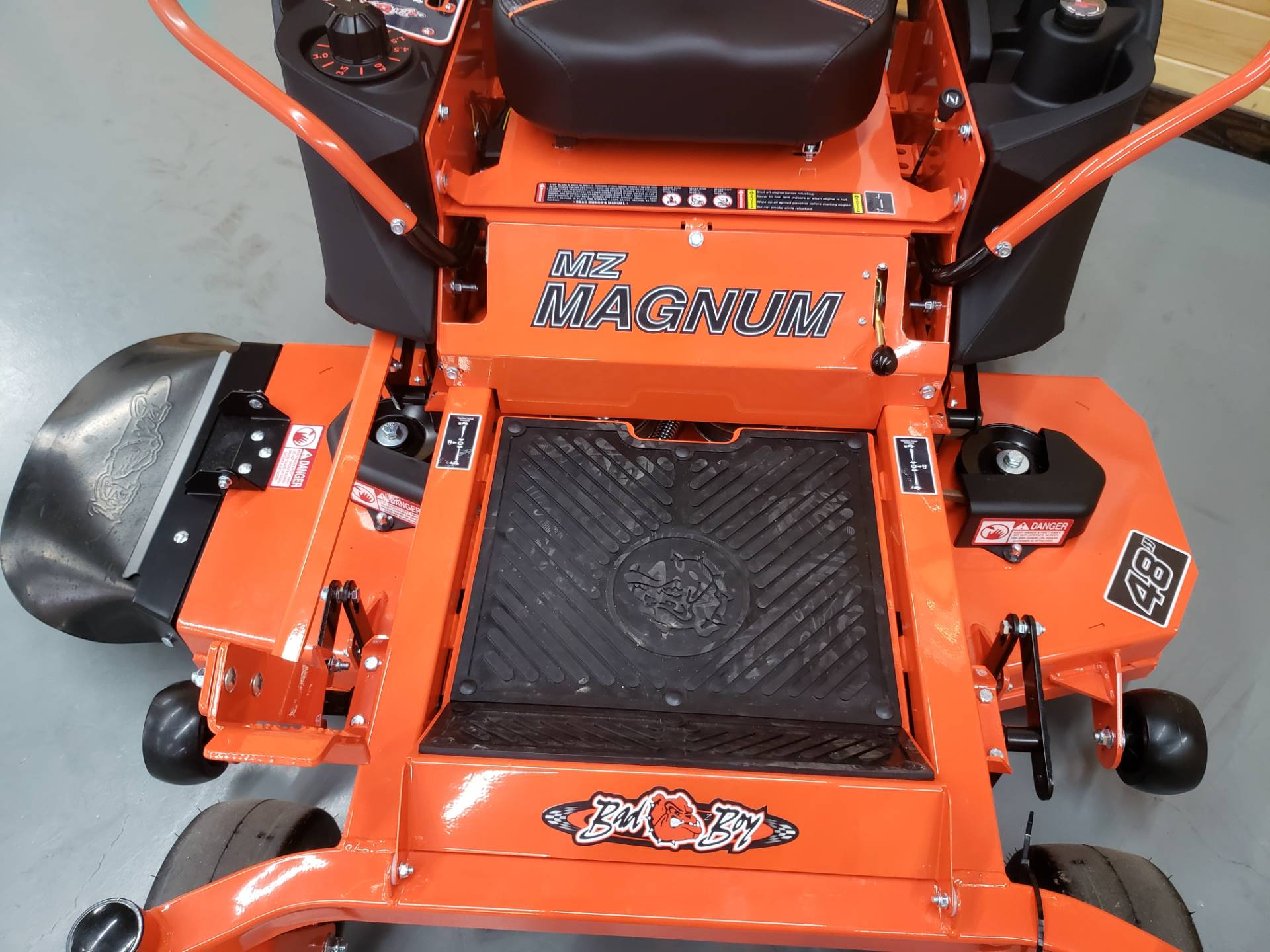 "2019 Bad Boy Mowers MZ Magnum 48"" with Kawasaki FR651 in Saucier, Mississippi"