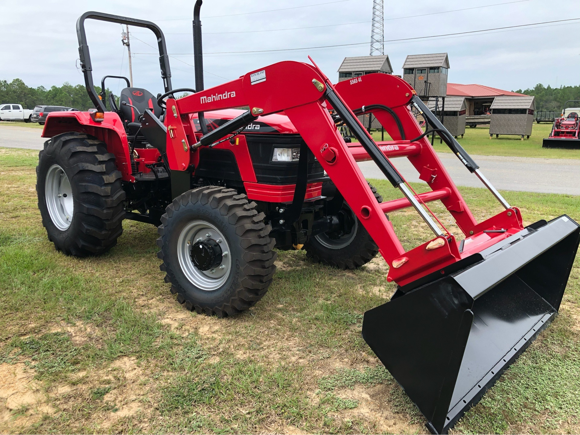 2019 Mahindra 5555 4WD Shuttle in Saucier, Mississippi - Photo 3