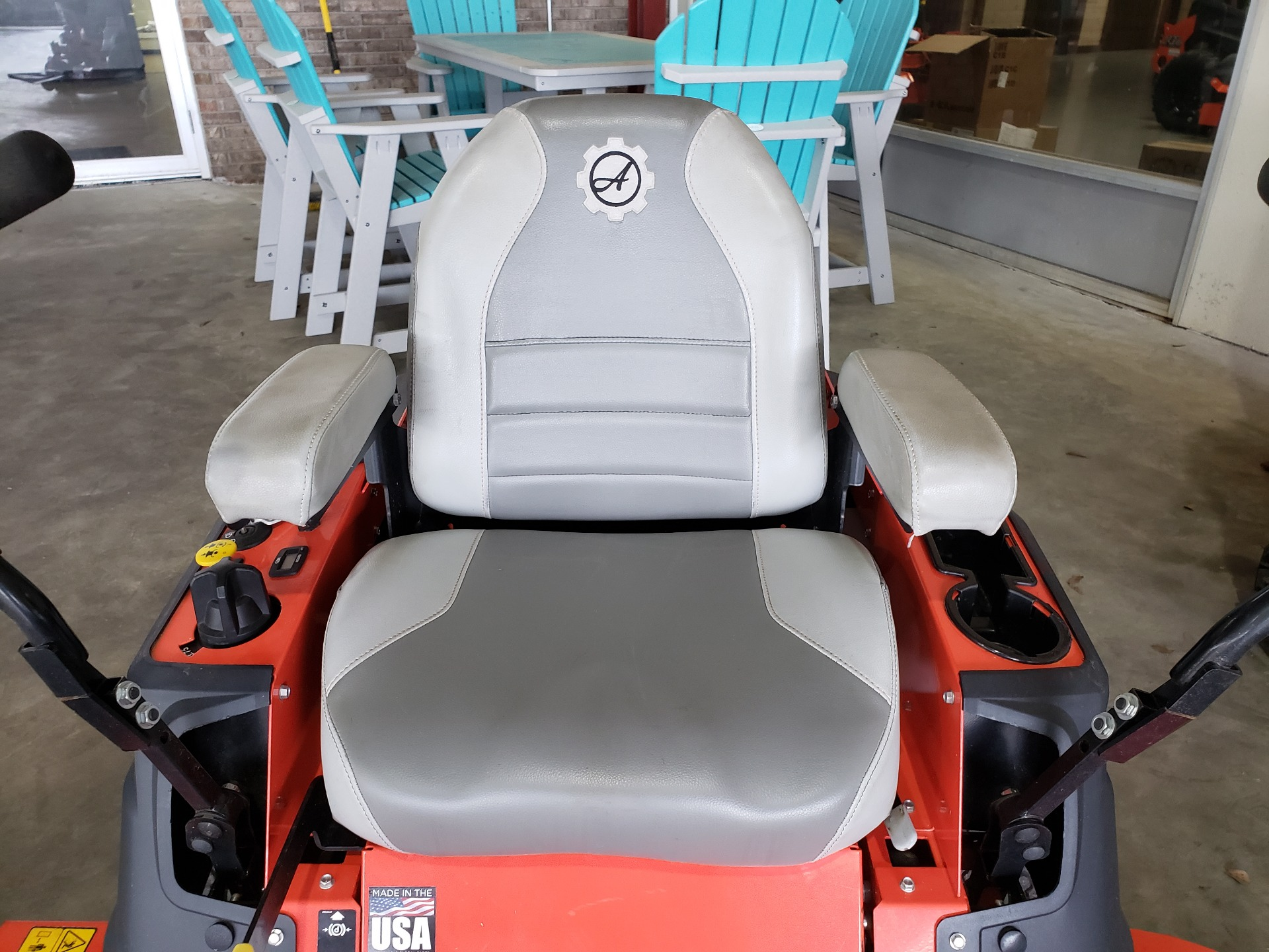 2019 Ariens Ikon XL 60 in. Kawasaki 24 hp in Saucier, Mississippi - Photo 8