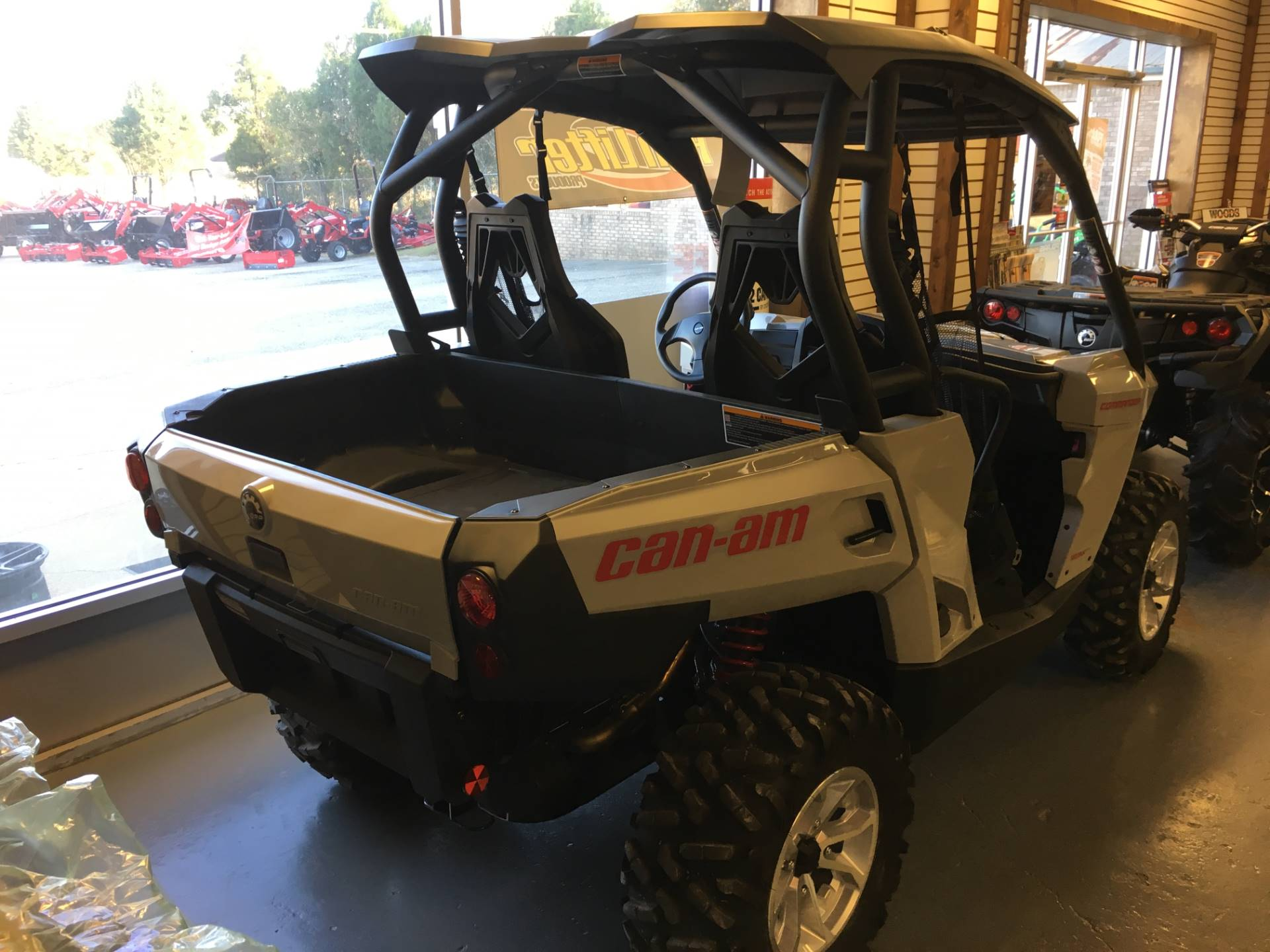 2017 Can-Am Commander DPS 1000 in Saucier, Mississippi
