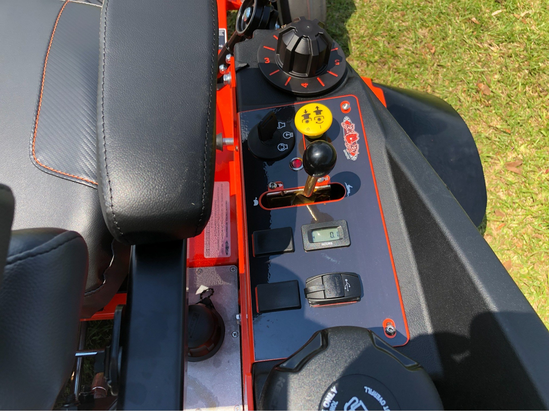 "2019 Bad Boy Mowers Rogue 54"" with 27hp Kawasaki in Saucier, Mississippi - Photo 12"