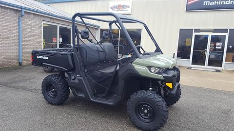 2018 Can-Am Defender HD8 Convenience Package in Saucier, Mississippi