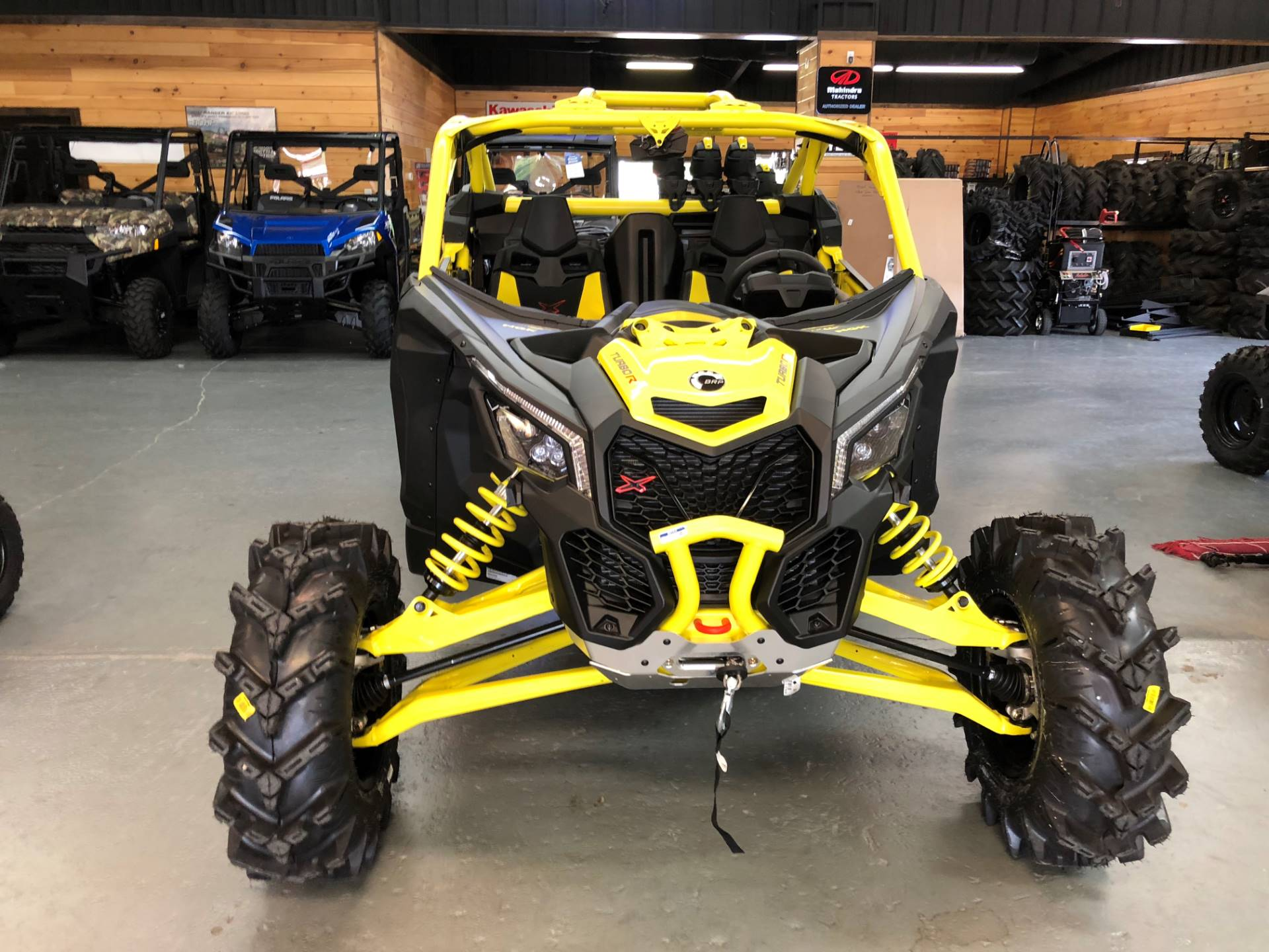 2019 Can-Am Maverick X3 X MR Turbo R in Saucier, Mississippi - Photo 2