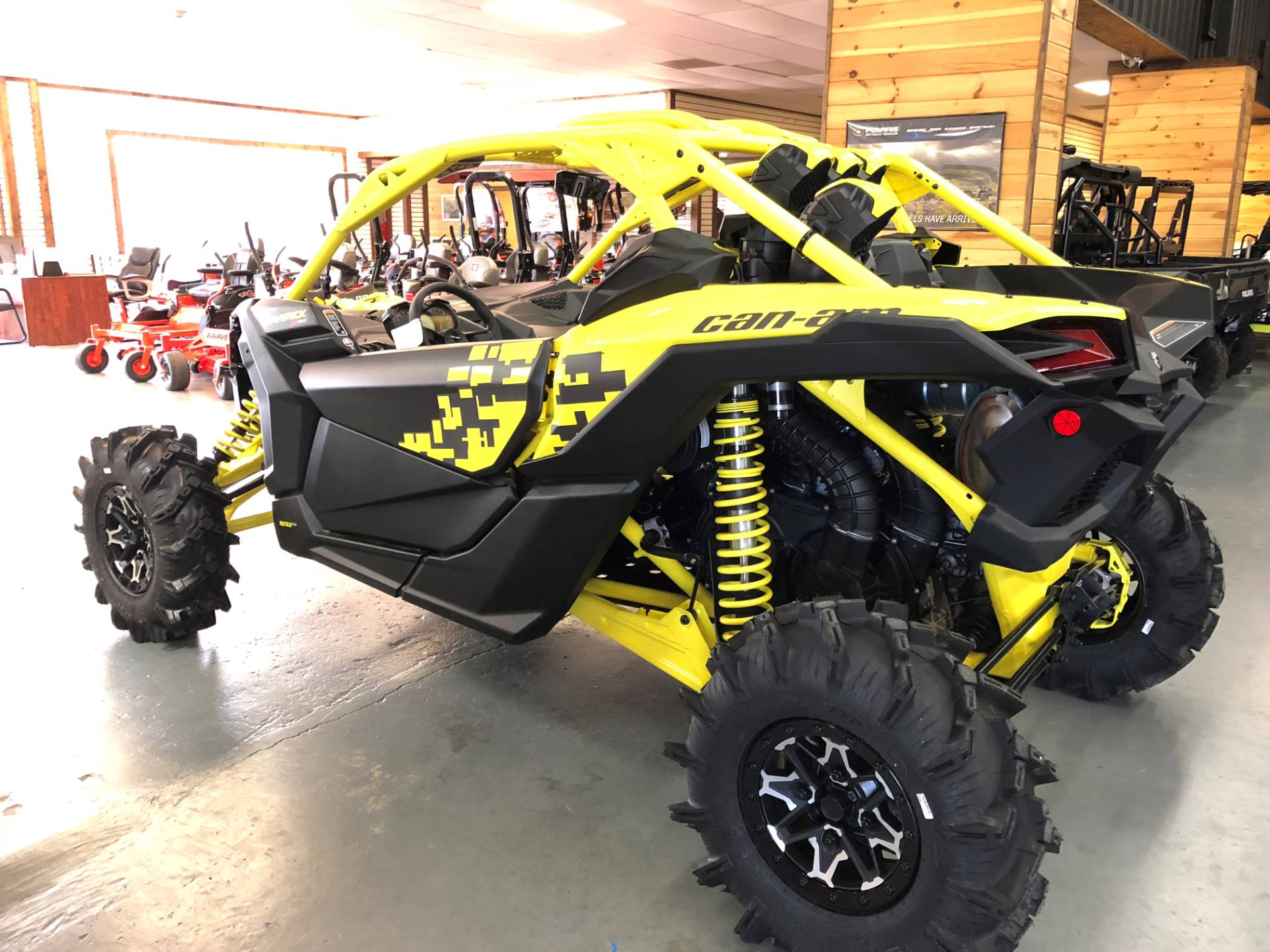2019 Can-Am Maverick X3 X MR Turbo R in Saucier, Mississippi - Photo 4