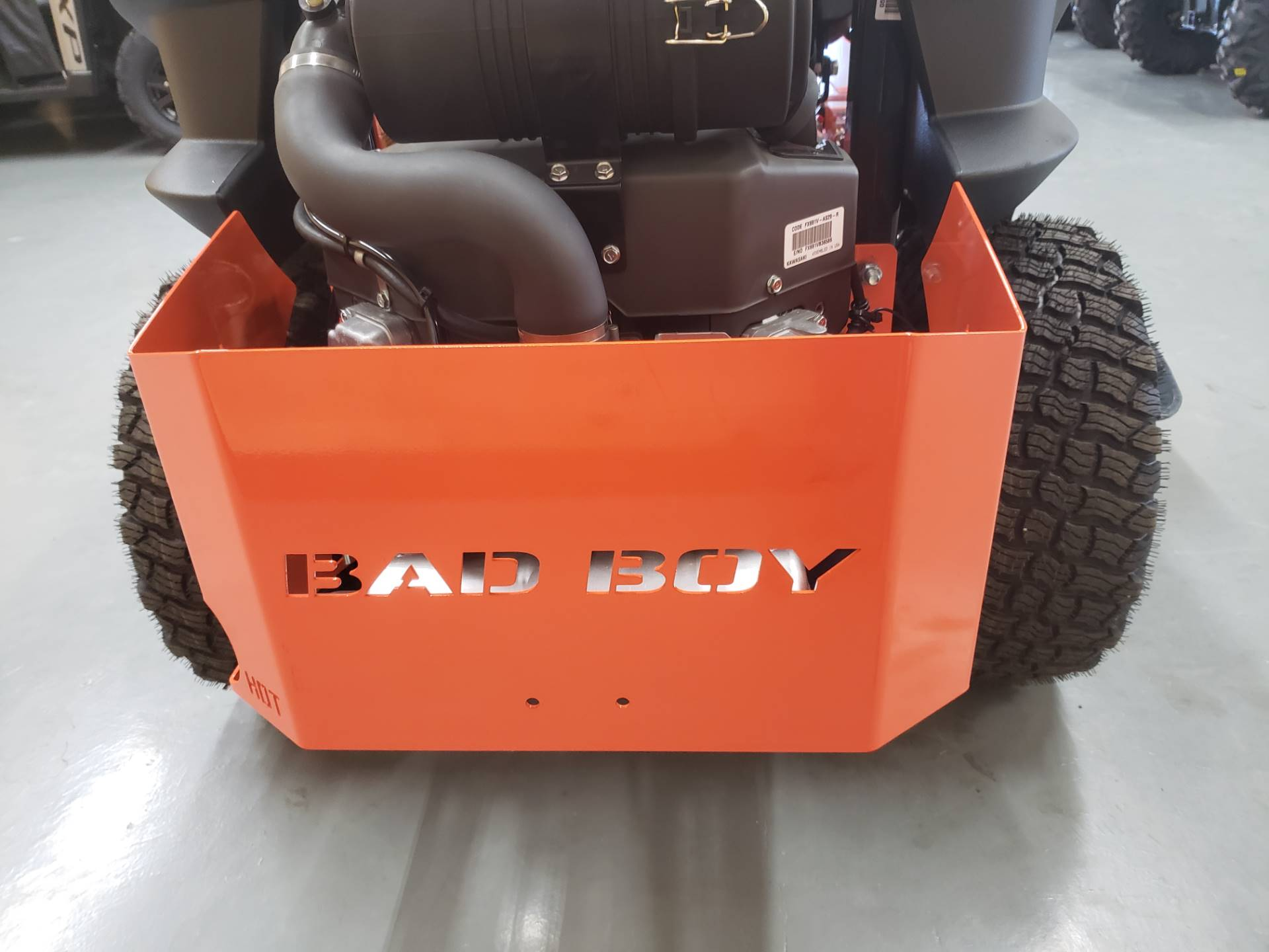 "2019 Bad Boy Mowers Outlaw Compact 42"" with Kawasaki FX691 in Saucier, Mississippi - Photo 10"