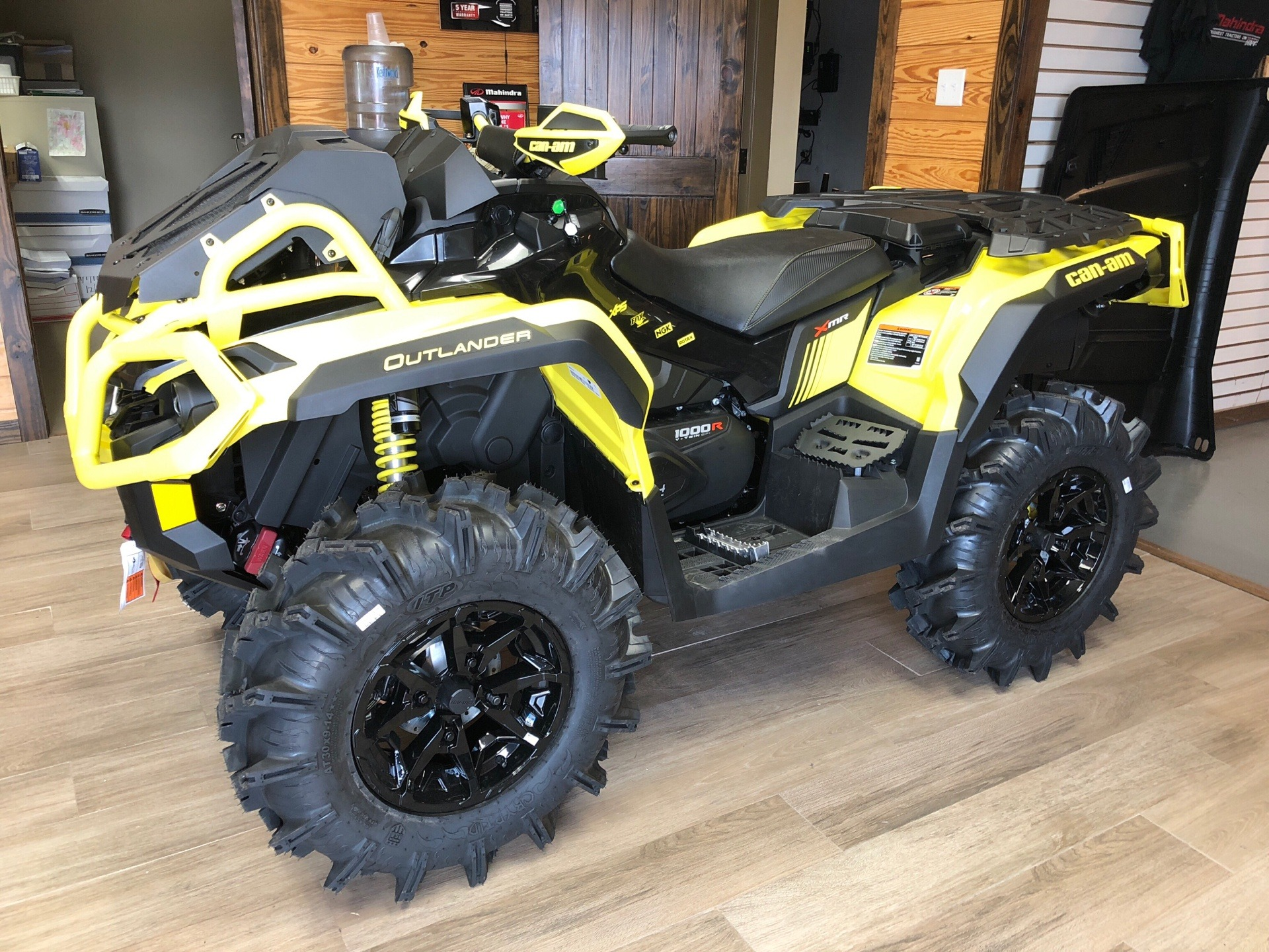 2019 Can-Am Outlander X mr 1000R in Saucier, Mississippi - Photo 1