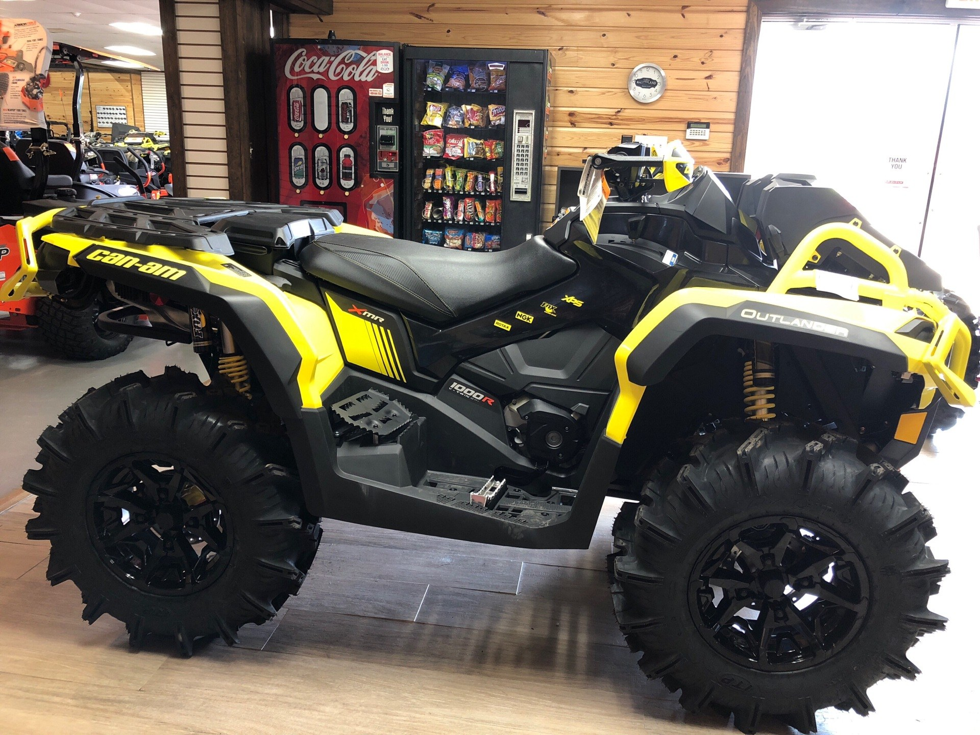 2019 Can-Am Outlander X mr 1000R in Saucier, Mississippi - Photo 4