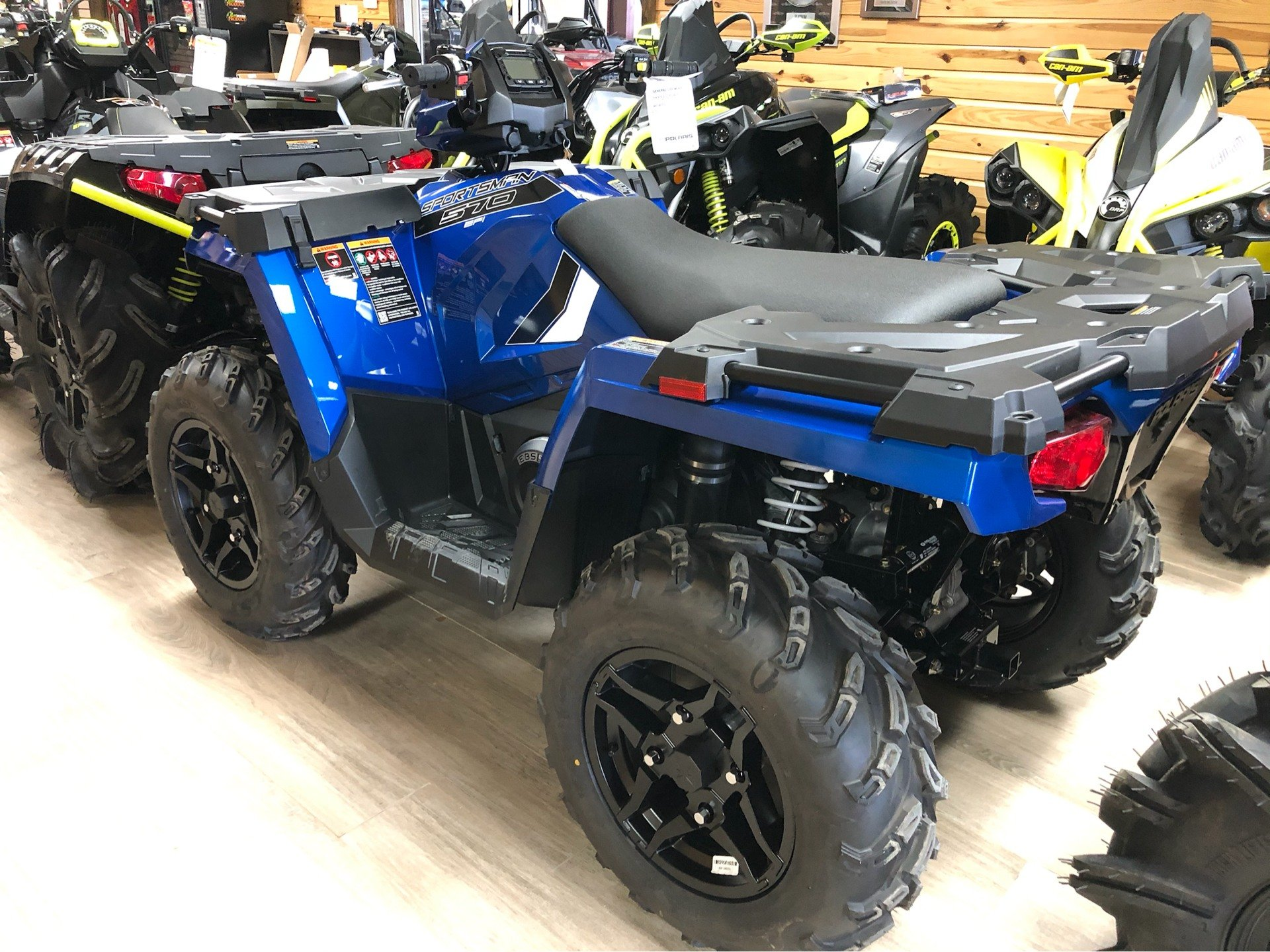 2020 Polaris Sportsman 570 Premium in Saucier, Mississippi - Photo 2