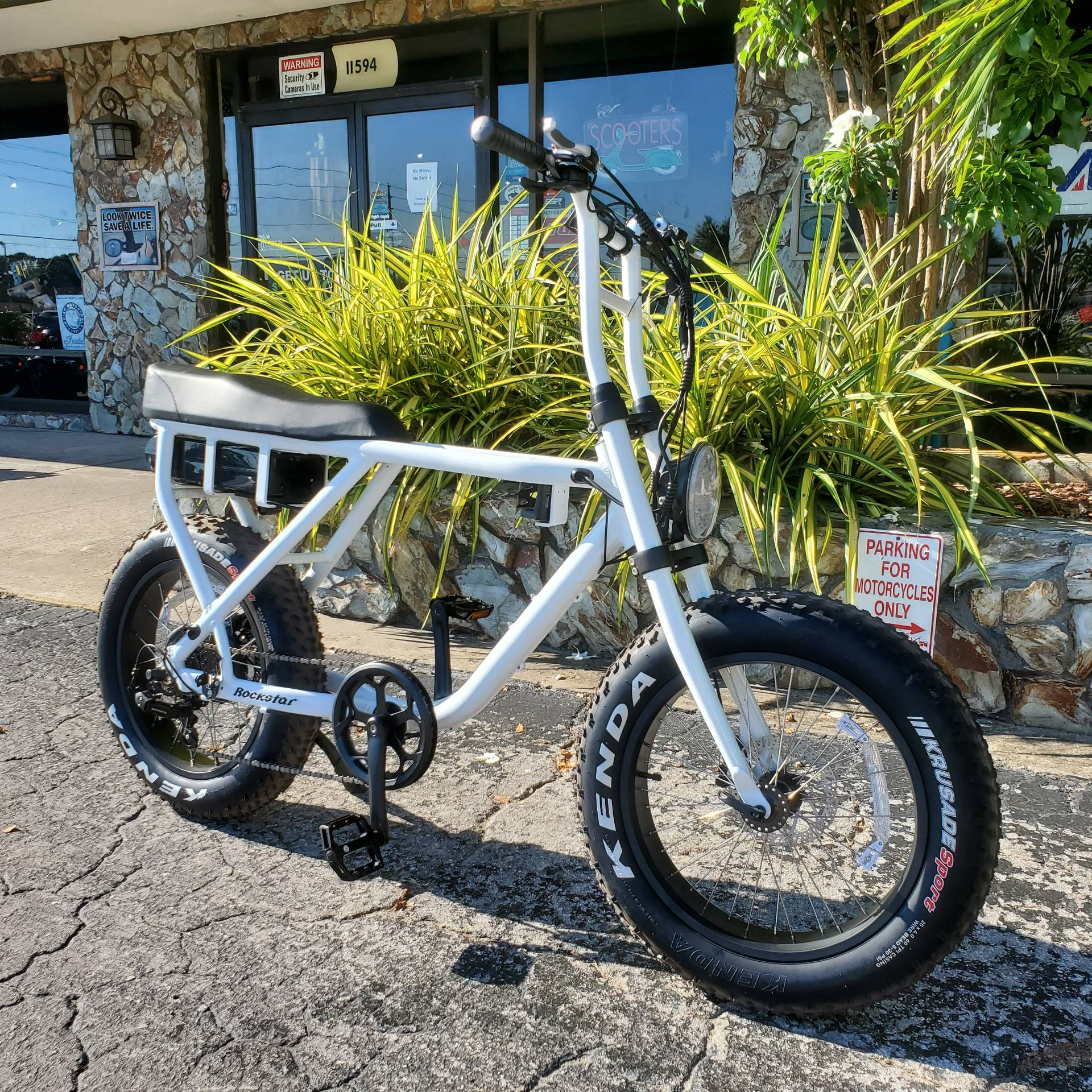 2020 Scootstar Rockstar 750 Watt in Largo, Florida - Photo 2