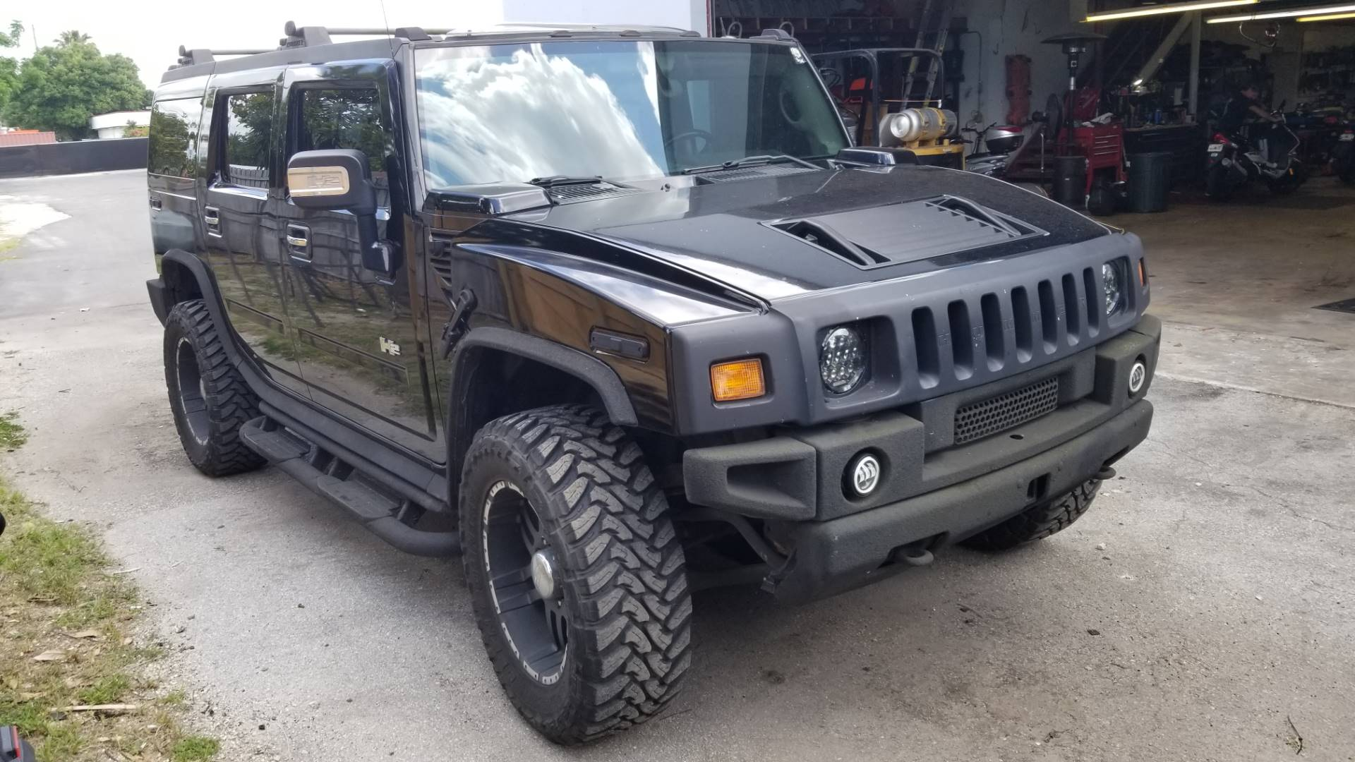 2004 Hummer H2 Limited in Largo, Florida - Photo 4
