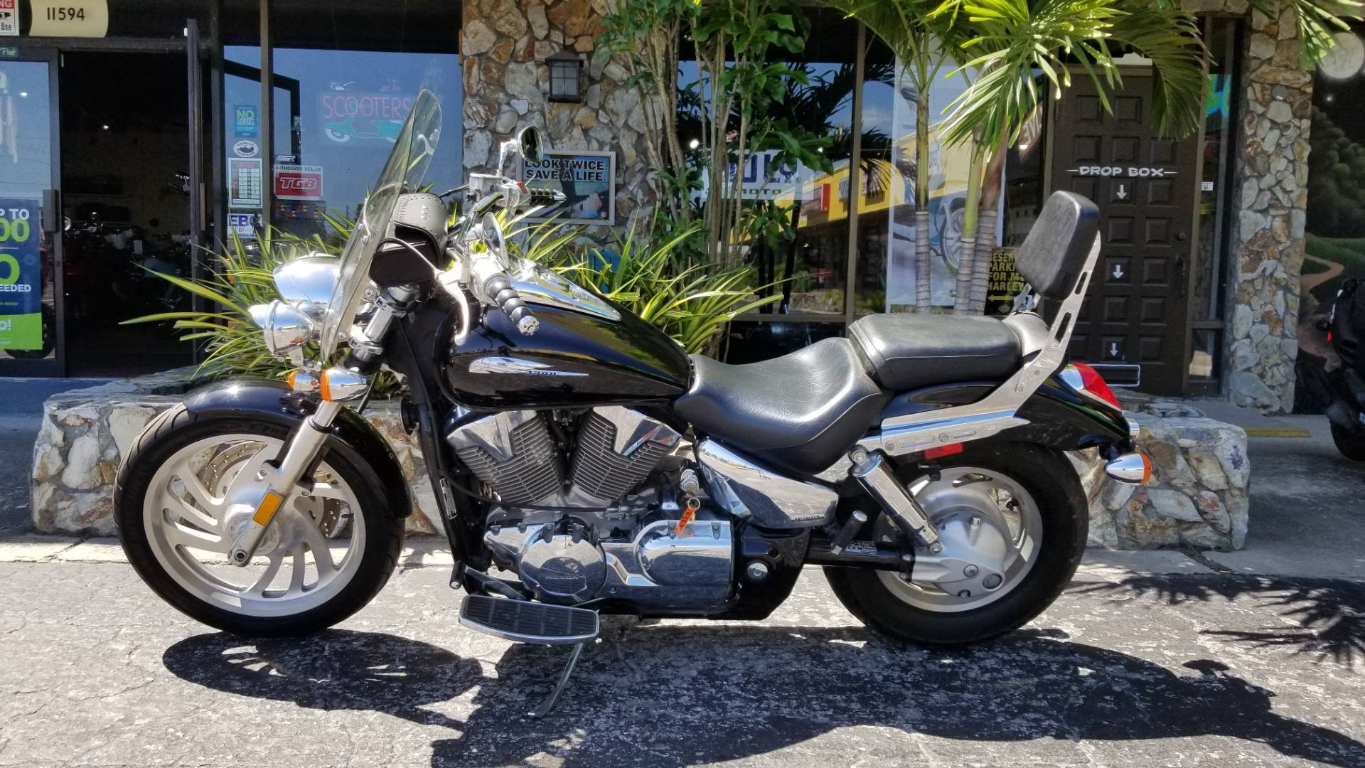 2004 Honda VTX1300C in Largo, Florida - Photo 13
