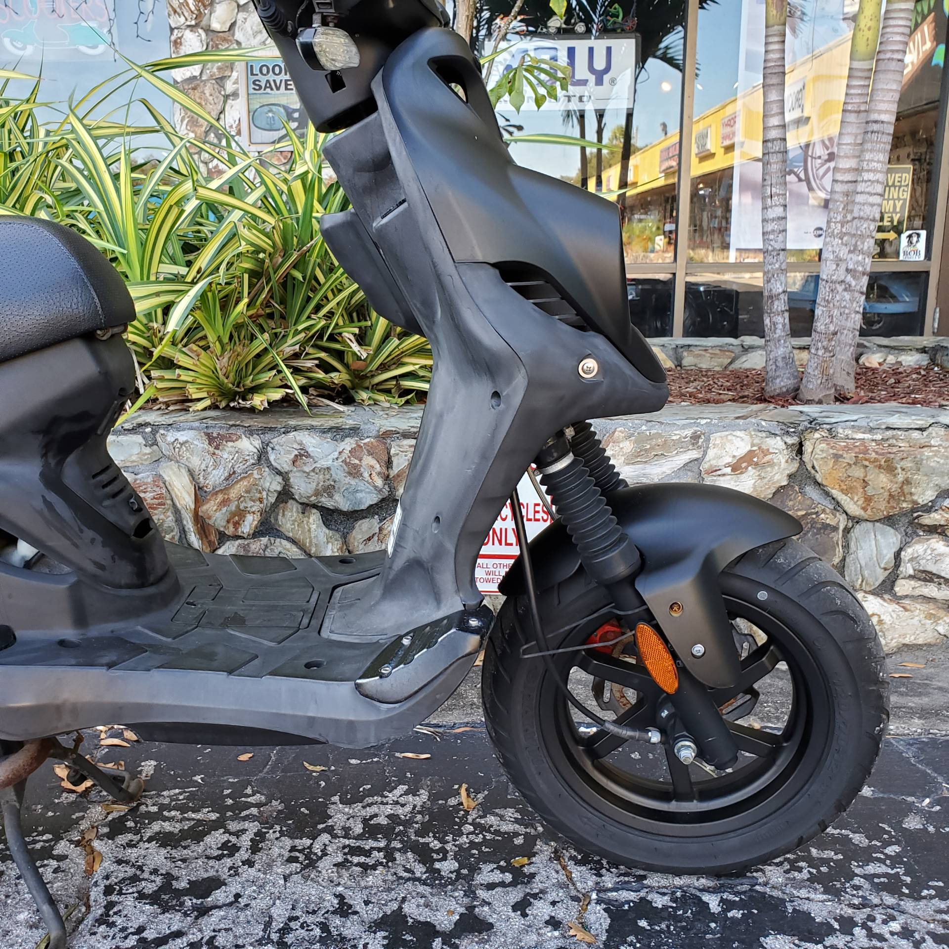 2018 Genuine Scooters Roughhouse 50 Sport in Largo, Florida - Photo 6