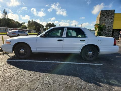 2007 FORD Police Interceptor in Largo, Florida - Photo 2