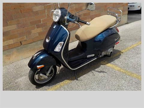 2011 Vespa GTS 300 in San Antonio, Texas - Photo 4