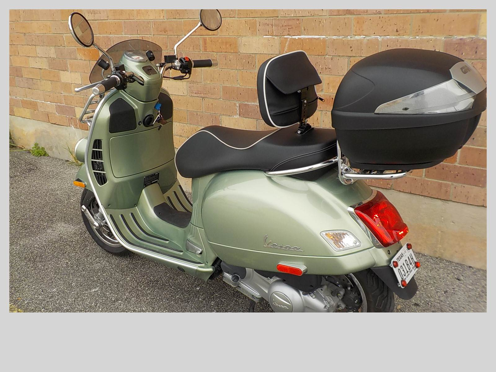 2017 Vespa GTV 300 in San Antonio, Texas - Photo 6