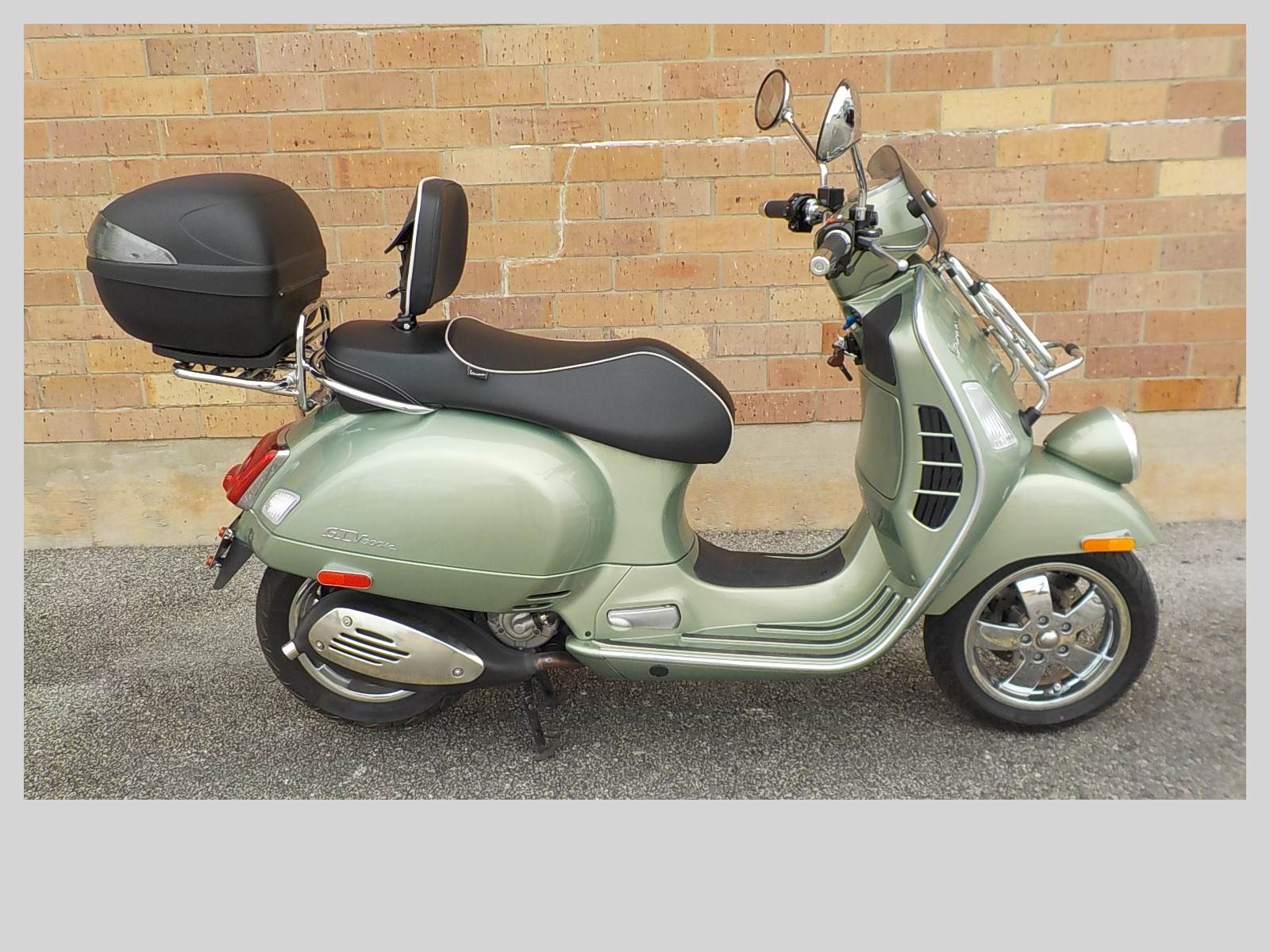 2017 Vespa GTV 300 in San Antonio, Texas - Photo 1