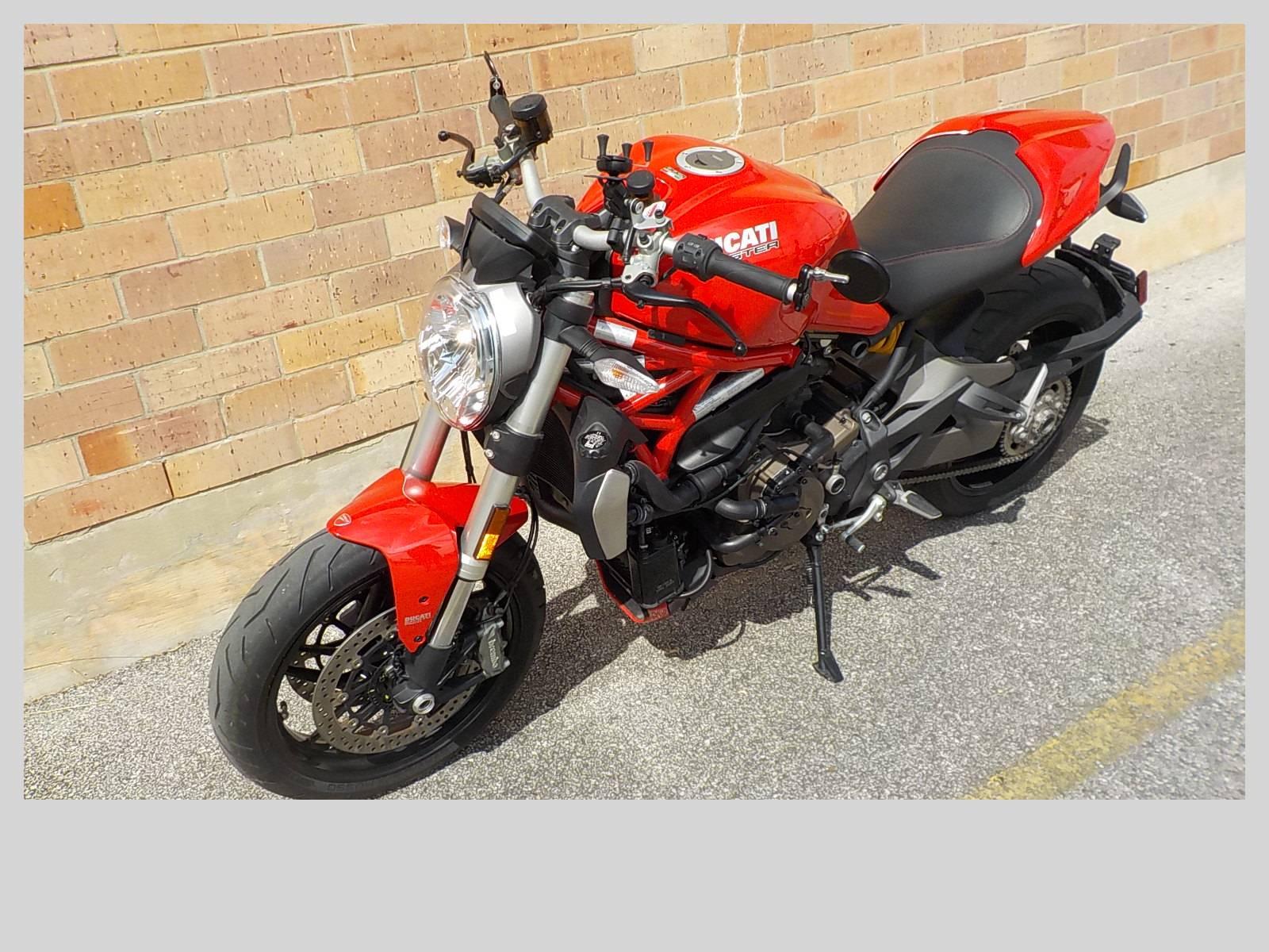 2016 Ducati Monster 1200 S in San Antonio, Texas