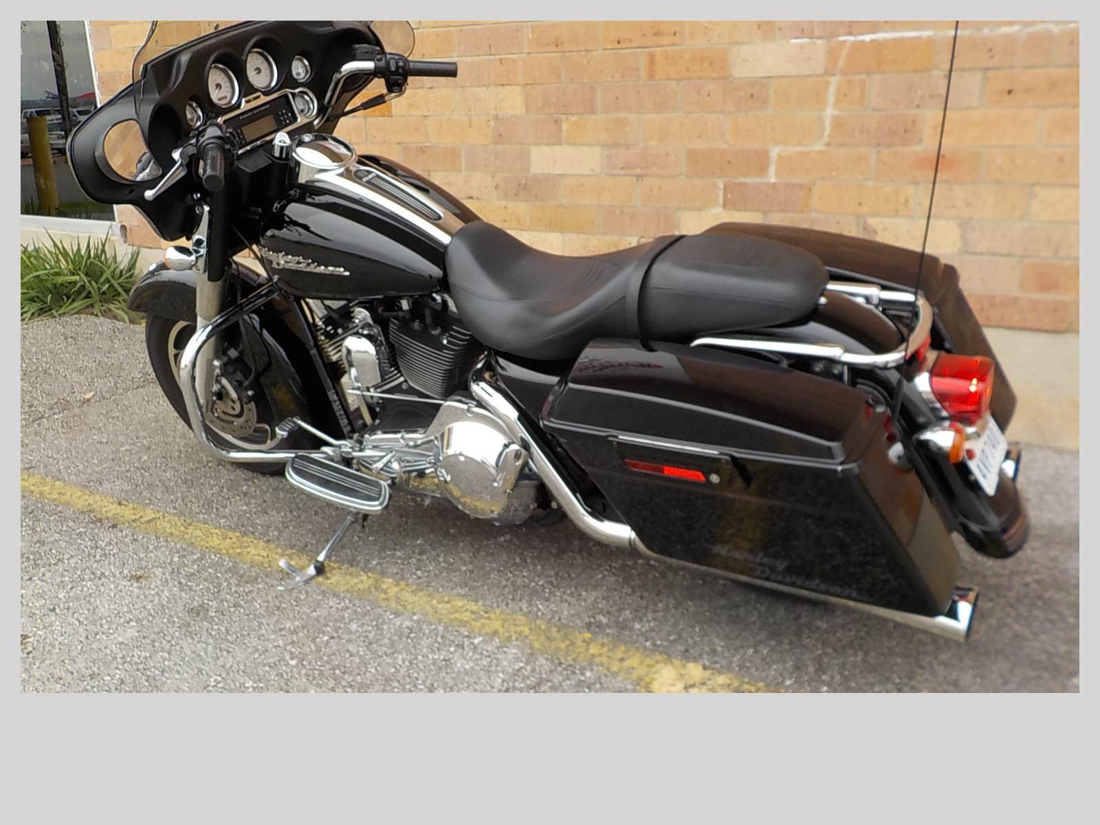 2006 Harley-Davidson Street Glide 6