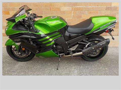 2016 Kawasaki Ninja ZX-14R ABS in San Antonio, Texas - Photo 2
