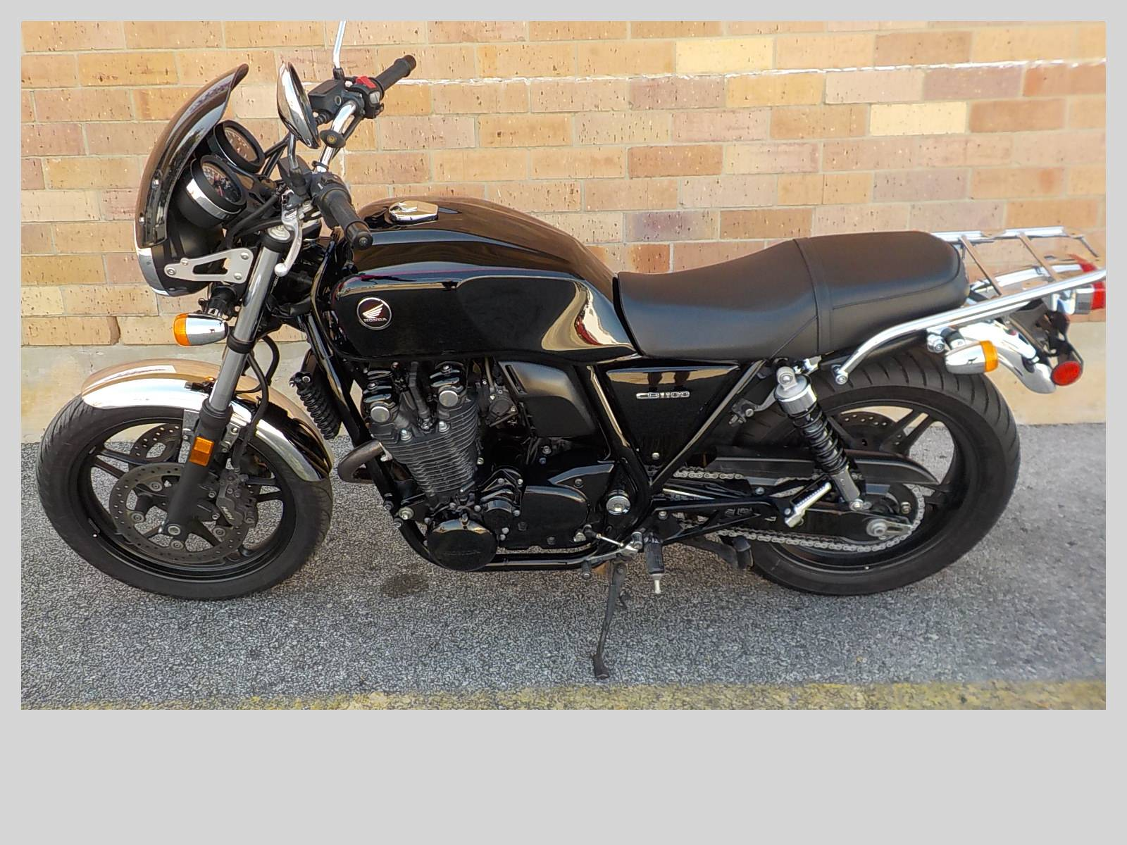 2014 Honda CB1100 in San Antonio, Texas - Photo 2