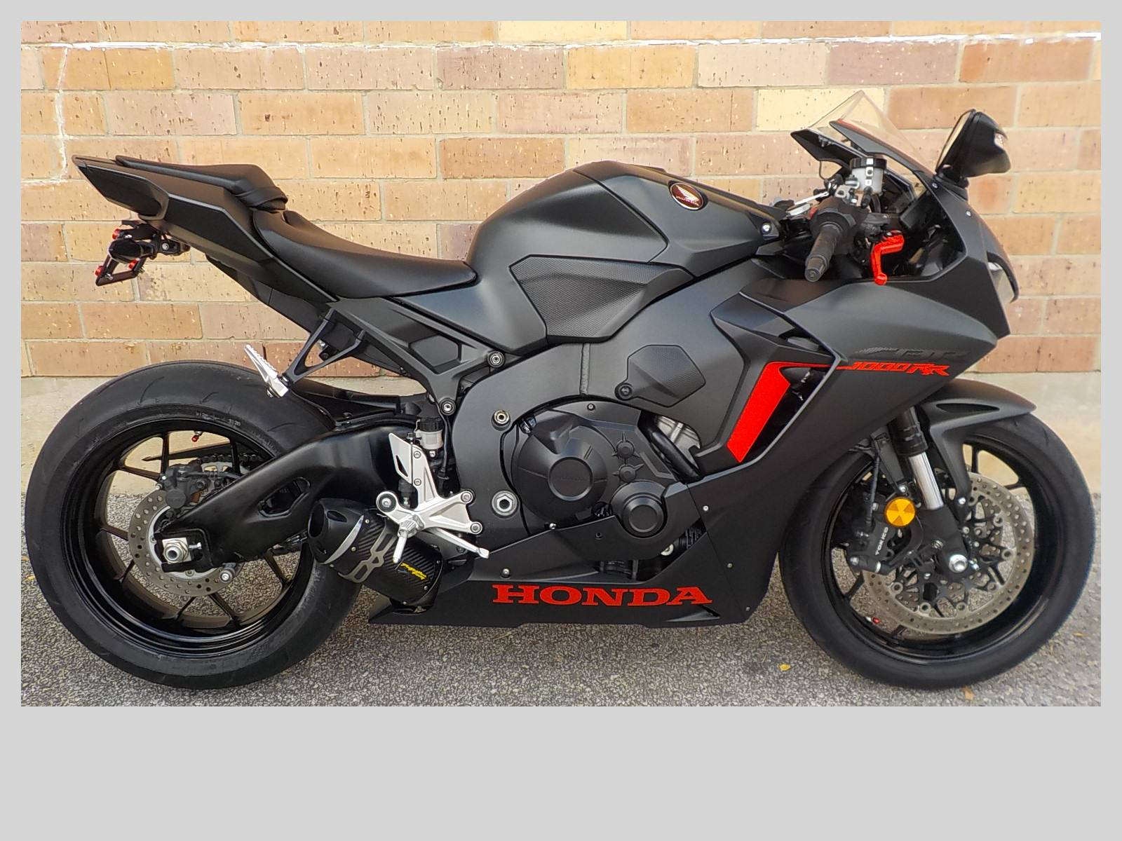 2017 Honda CBR1000RR in San Antonio, Texas - Photo 1
