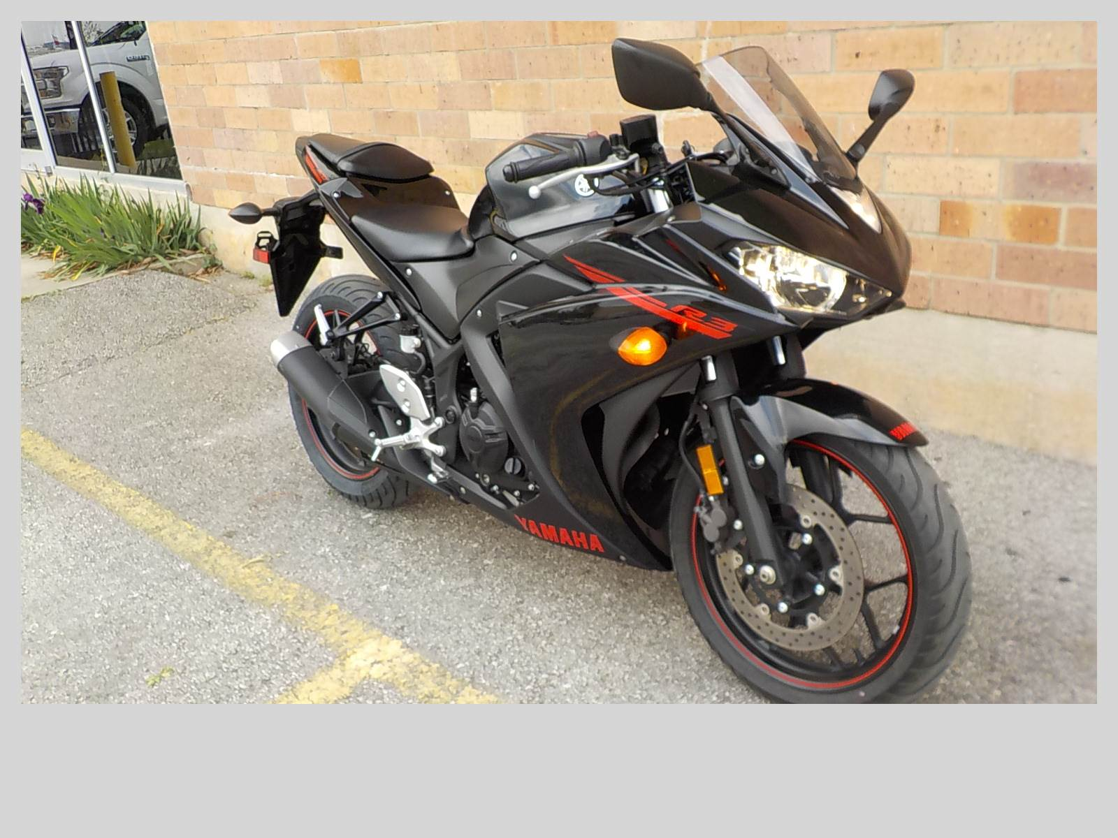 2015 Yamaha YZF-R3 in San Antonio, Texas