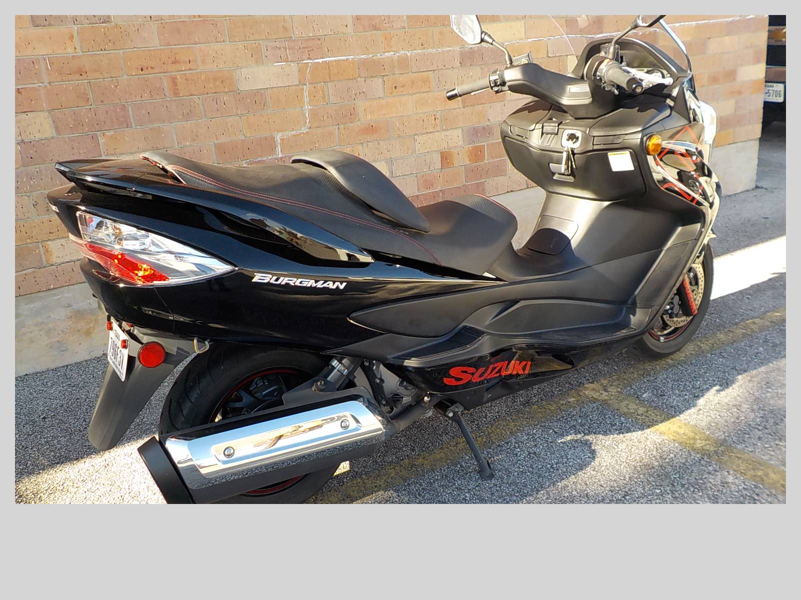 2014 Suzuki Burgman™ 400 ABS in San Antonio, Texas - Photo 5
