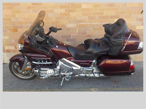 2006 Honda Gold Wing® Audio / Comfort / Navi in San Antonio, Texas - Photo 2