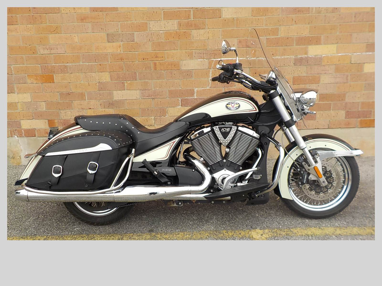 2012 Victory Cross Roads Classic Limited Edition for sale 23761