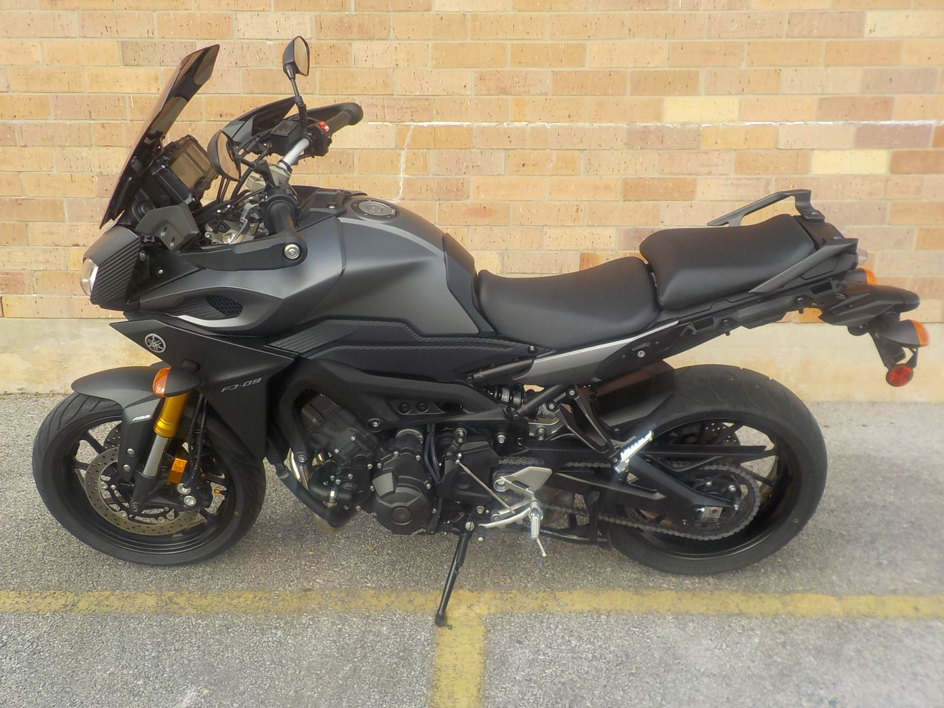 2015 Yamaha FZ-09 in San Antonio, Texas