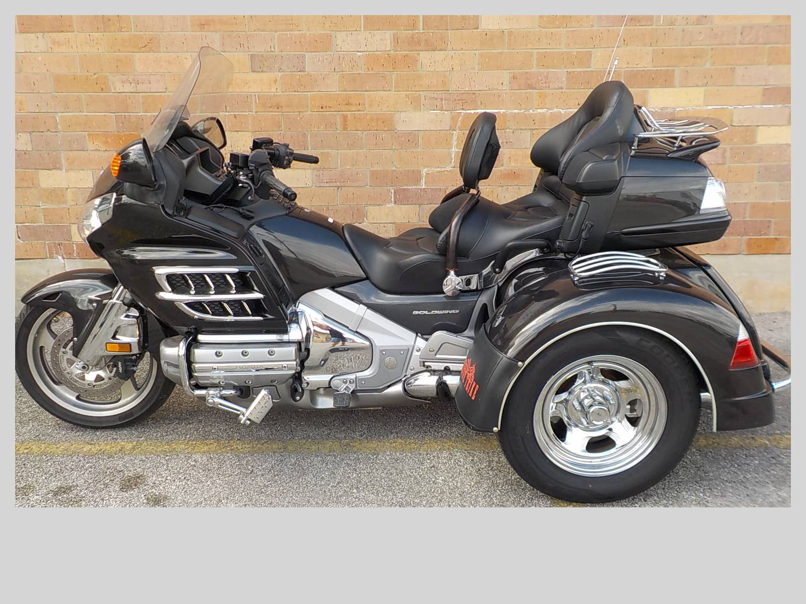 2010 Motor Trike GL 1800 Adventure IRS in San Antonio, Texas - Photo 2