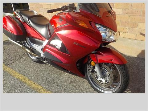 2009 Honda ST1300® in San Antonio, Texas - Photo 3