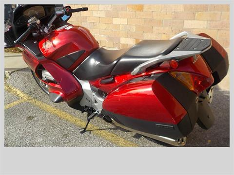 2009 Honda ST1300® in San Antonio, Texas - Photo 6