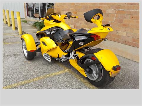 2009 Can-Am Spyder™ GS Roadster with SE5 Transmission (semi auto) in San Antonio, Texas - Photo 6