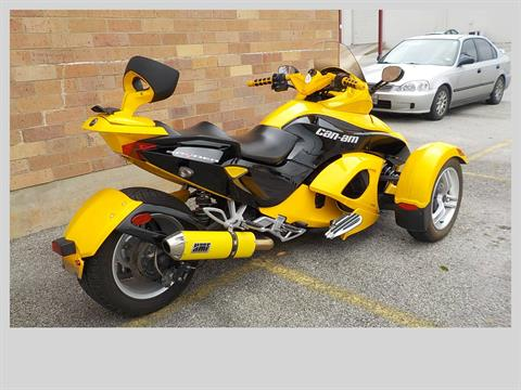 2009 Can-Am Spyder™ GS Roadster with SE5 Transmission (semi auto) in San Antonio, Texas - Photo 5