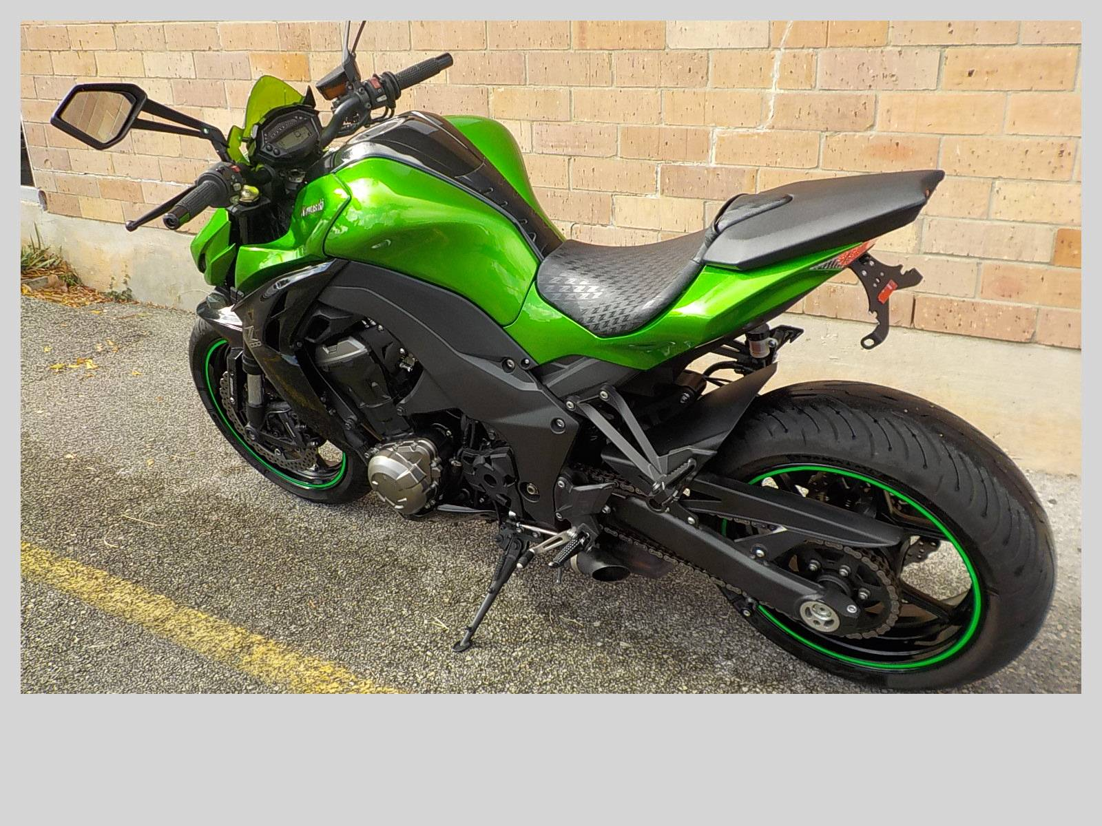2015 Kawasaki Z1000 ABS in San Antonio, Texas - Photo 6