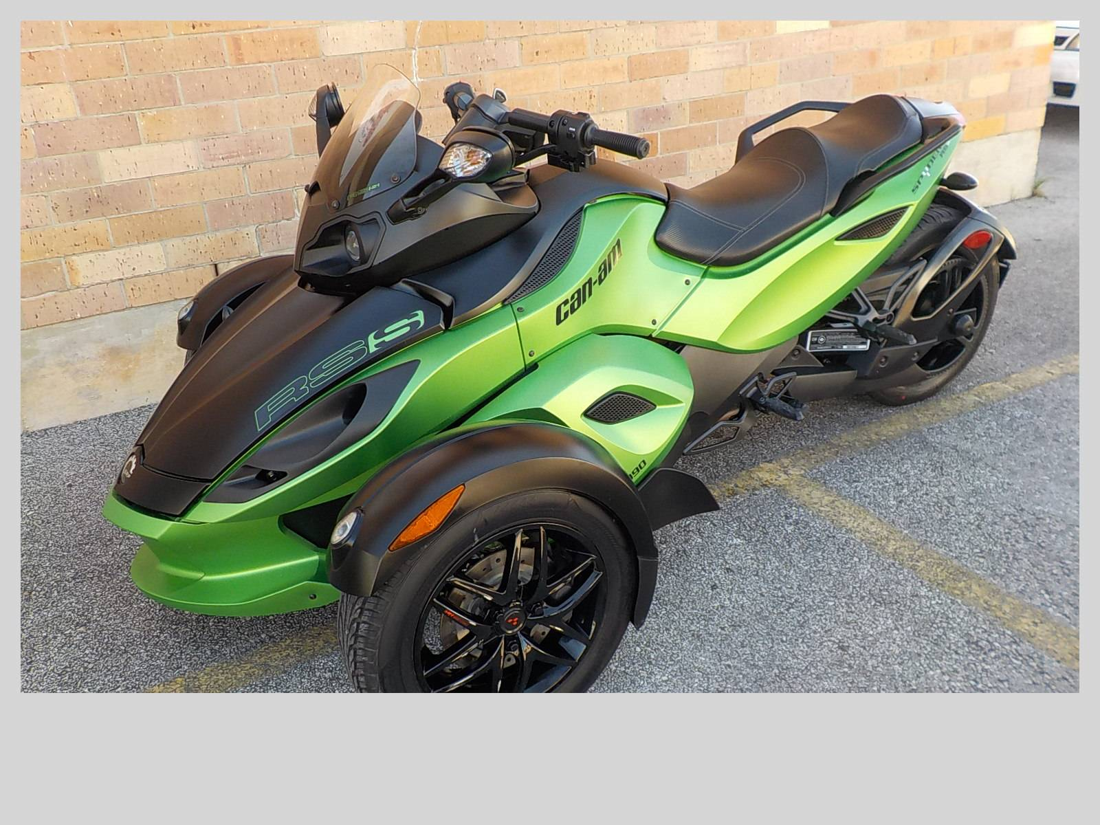 2012 Can-Am Spyder® RS SE5 in San Antonio, Texas - Photo 4