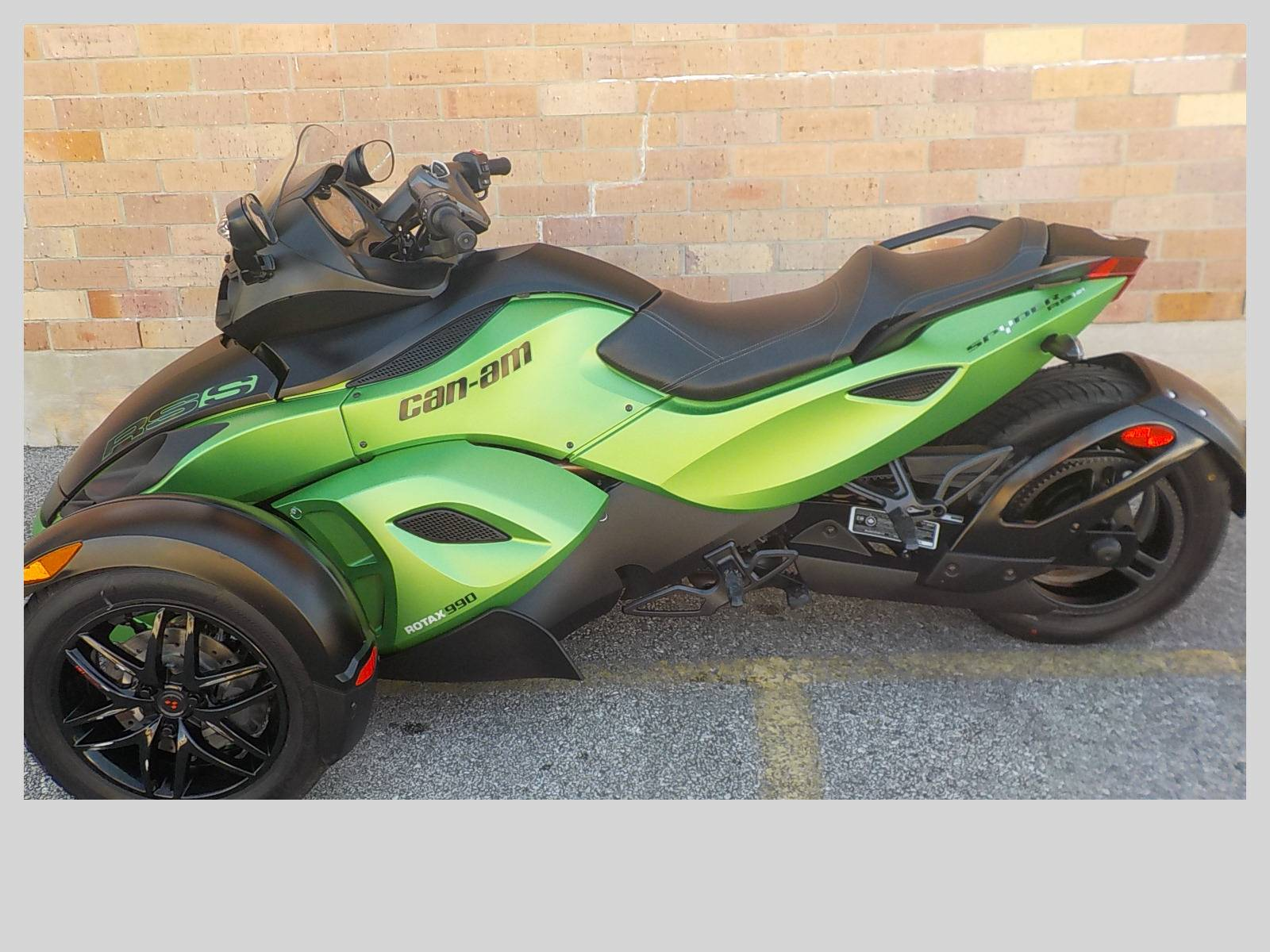 2012 Can-Am Spyder® RS SE5 in San Antonio, Texas - Photo 2