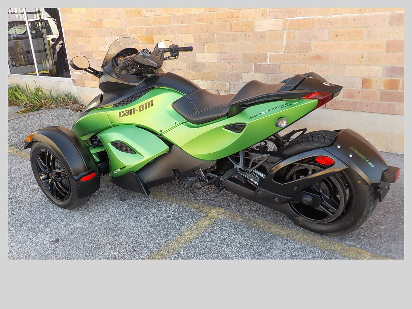 2012 Can-Am Spyder® RS SE5 in San Antonio, Texas - Photo 6