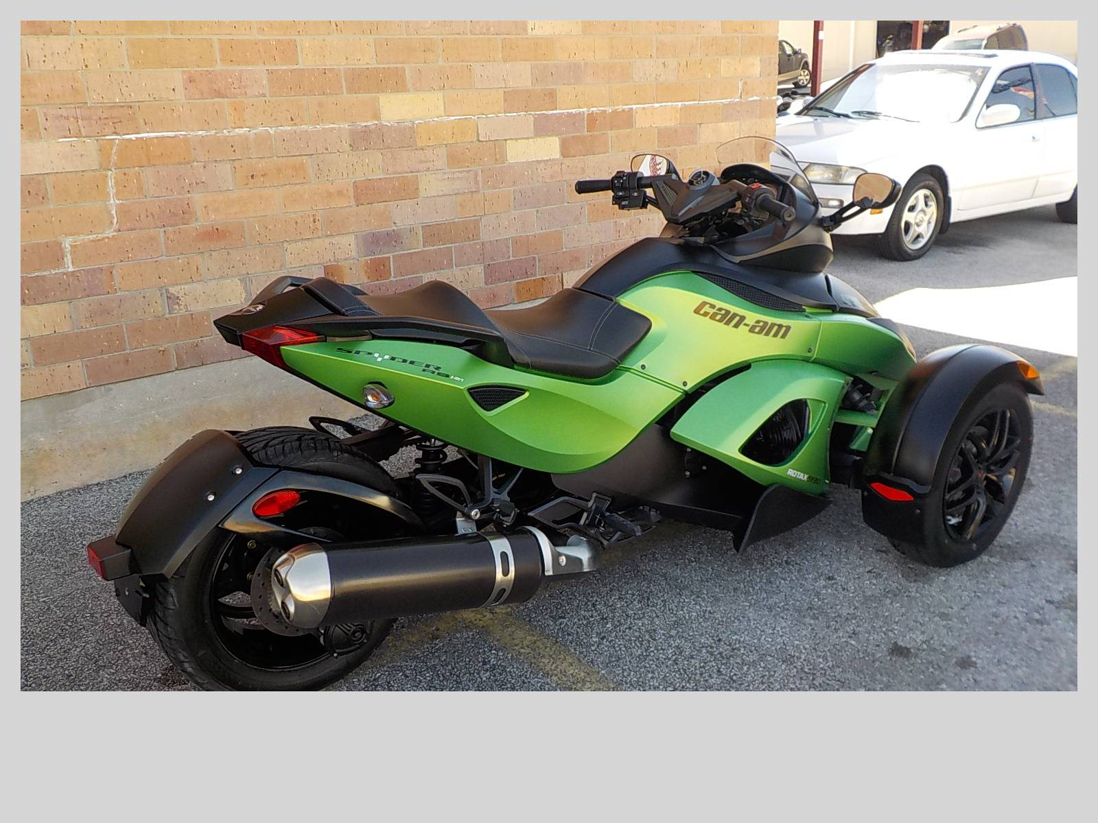 2012 Can-Am Spyder® RS SE5 in San Antonio, Texas - Photo 5