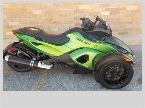 2012 Can-Am Spyder® RS SE5 in San Antonio, Texas - Photo 1