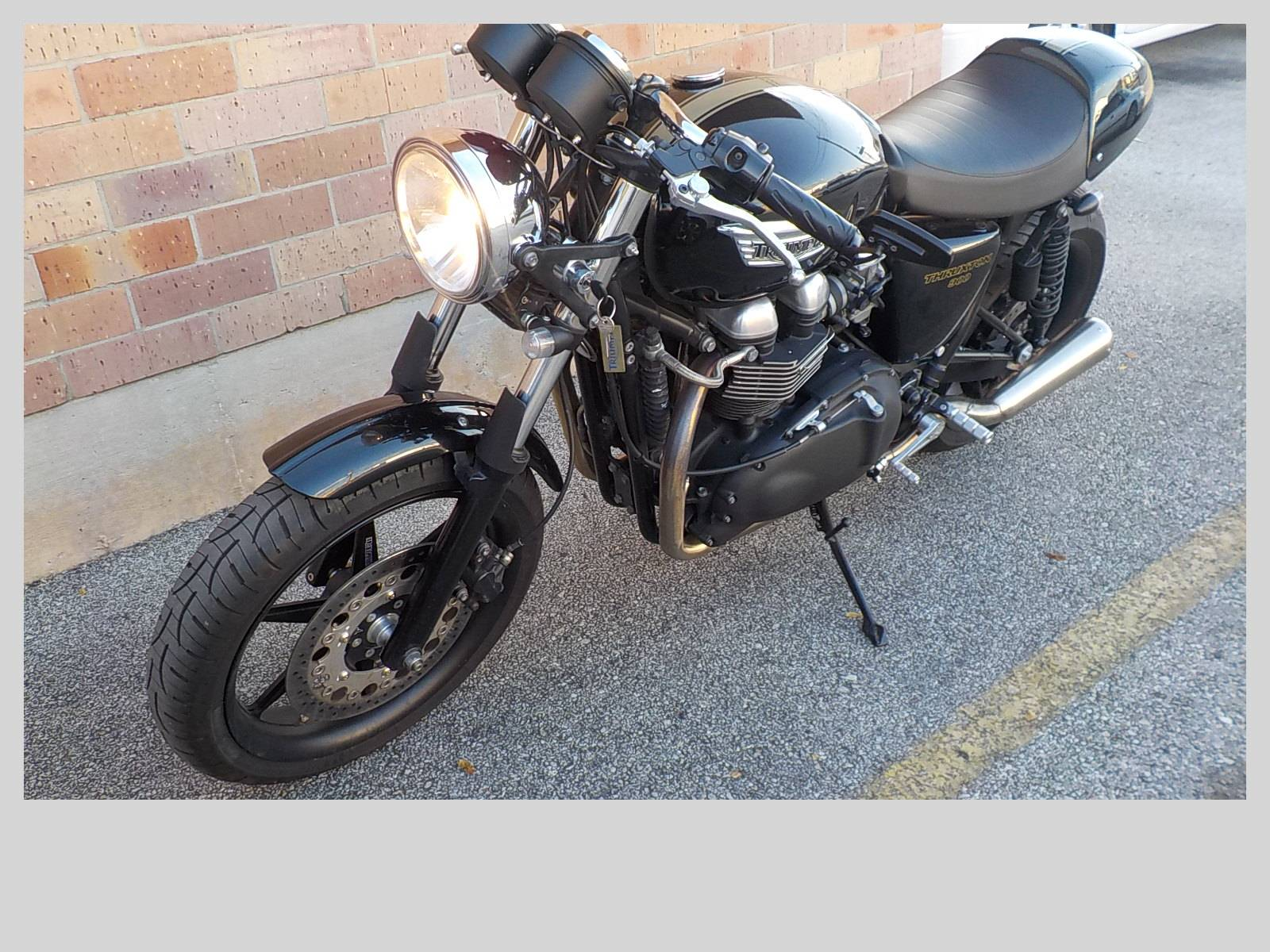 2011 Triumph Thruxton in San Antonio, Texas - Photo 4