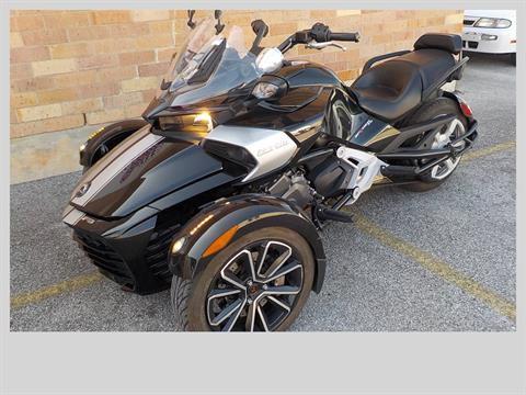 2015 Can-Am Spyder® F3 SM6 in San Antonio, Texas - Photo 4